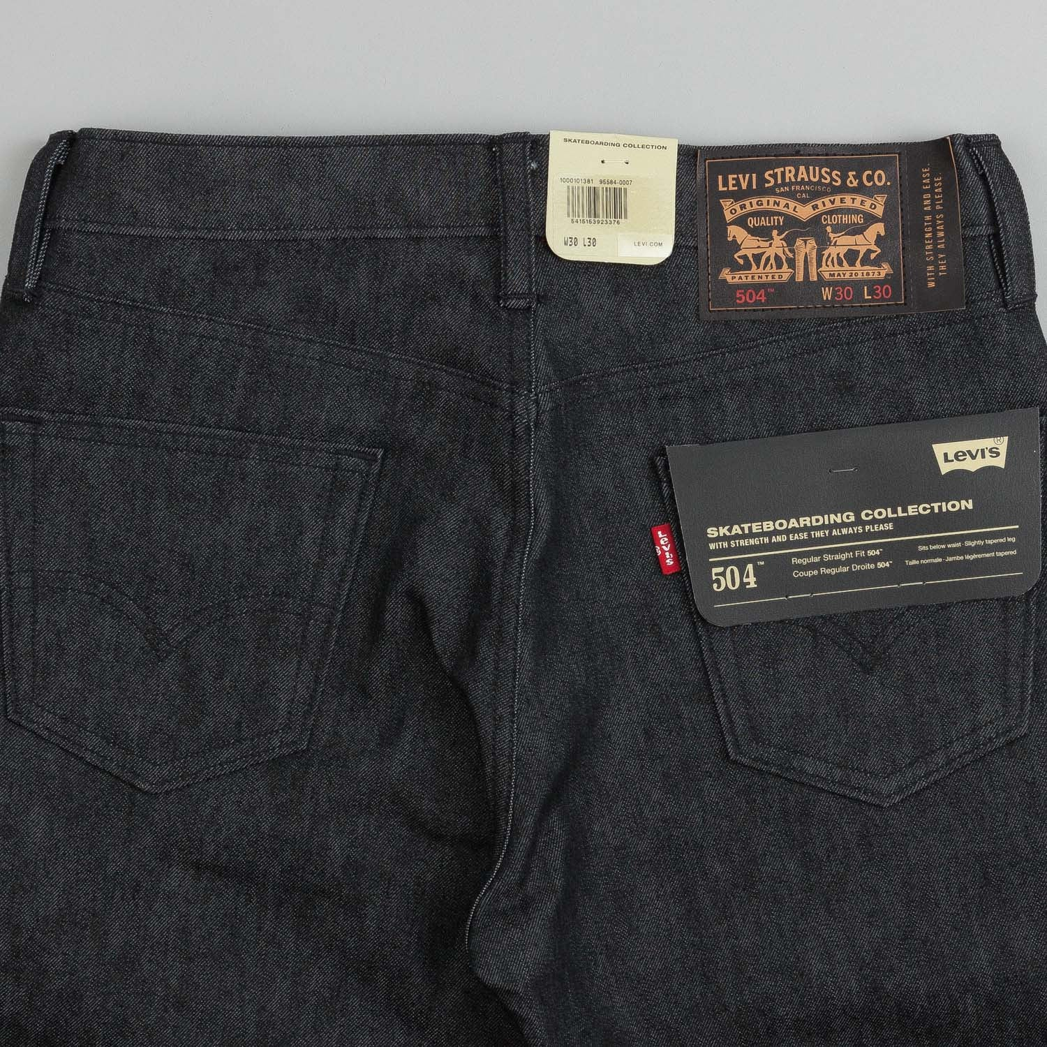 Levi's® Skate 504 Straight Jeans SE Trench
