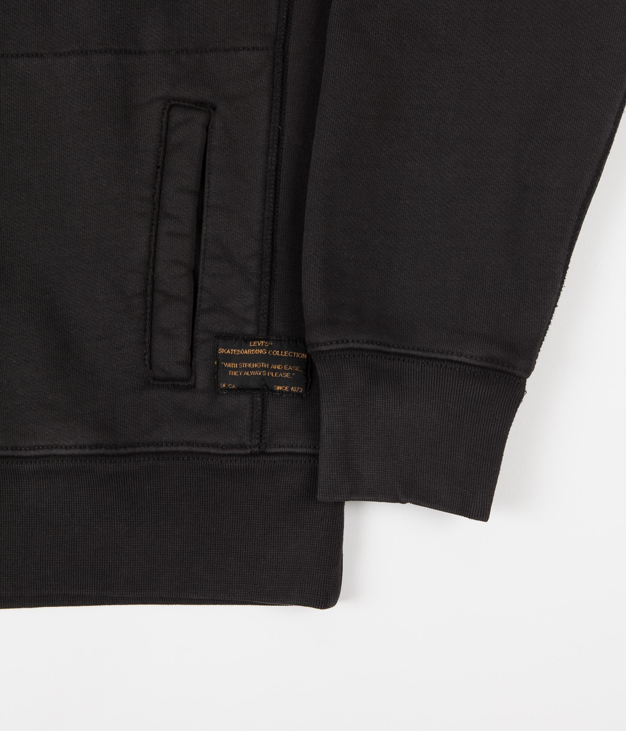 Levi's® Skate Hoodie - LSC Small Black / Crew White
