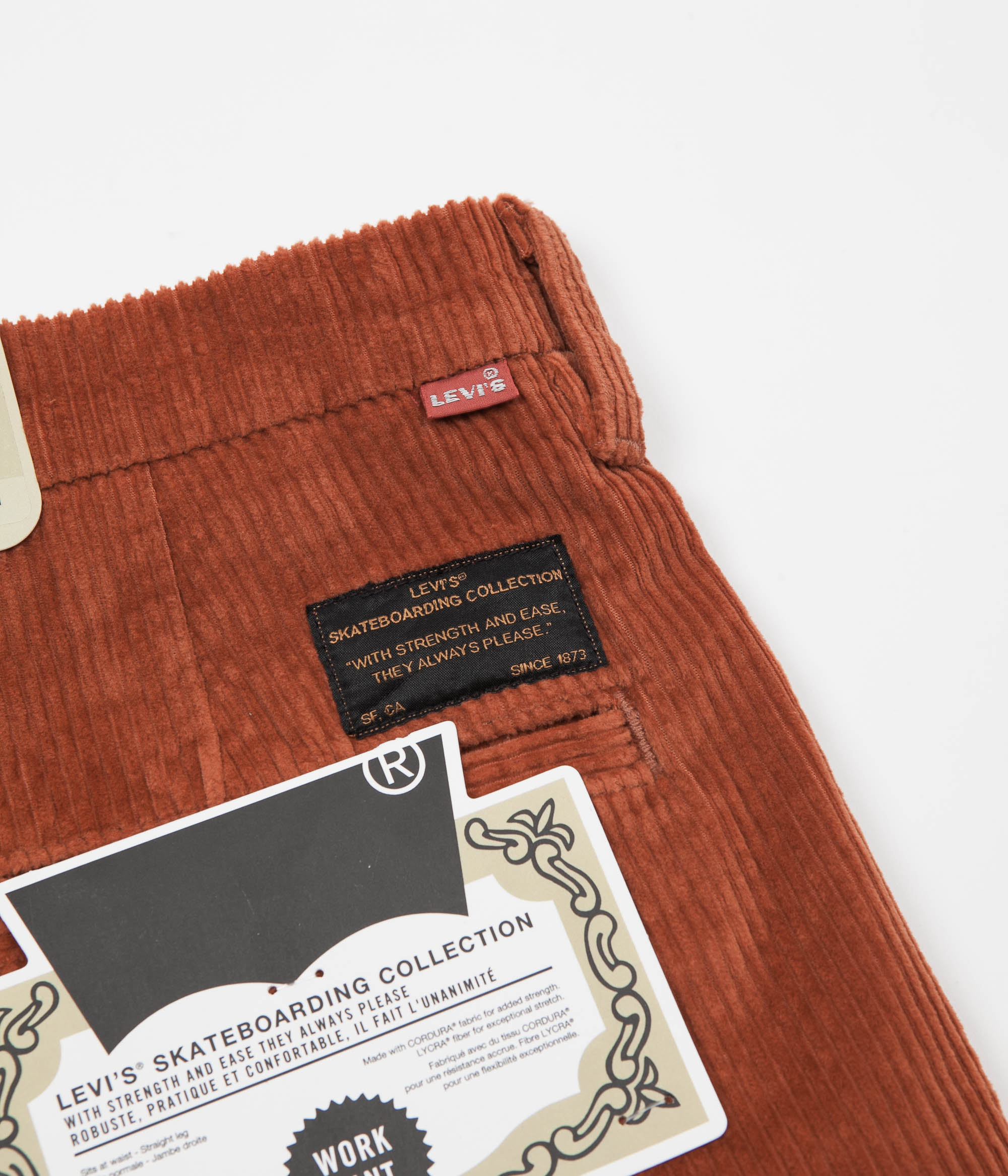 Levi's® Skate Pleated Trousers - Bombay Brown