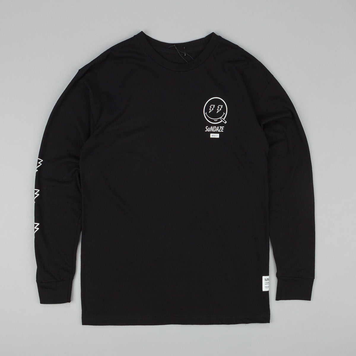 MN07 Sundaze Long Sleeve T-Shirt