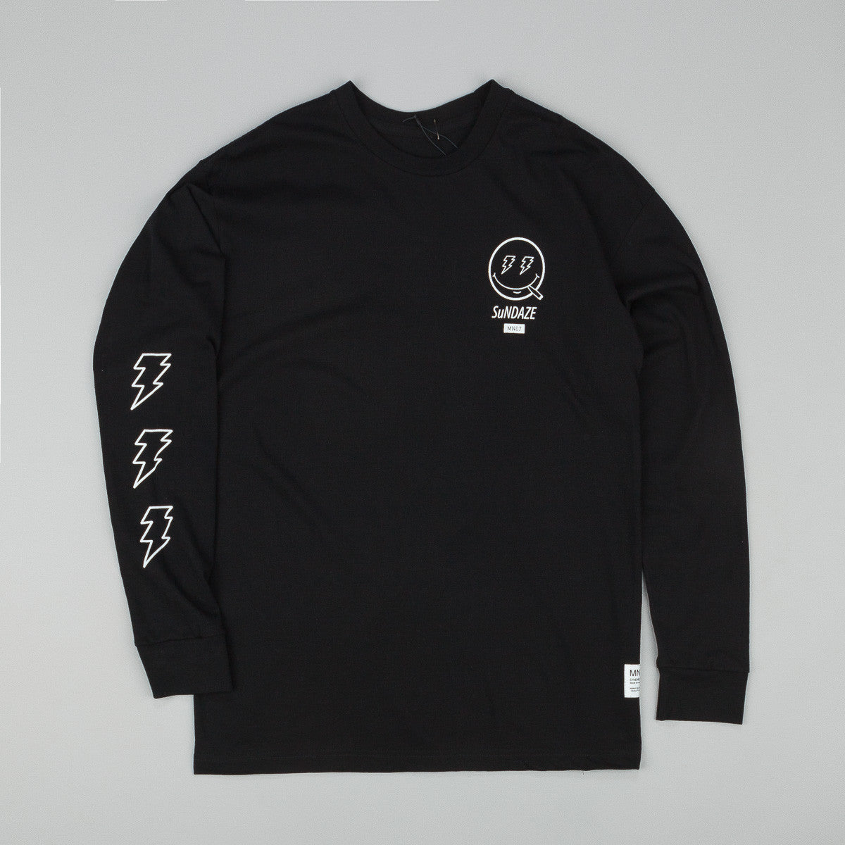 MN07 Sundaze Long Sleeve T-Shirt - Black