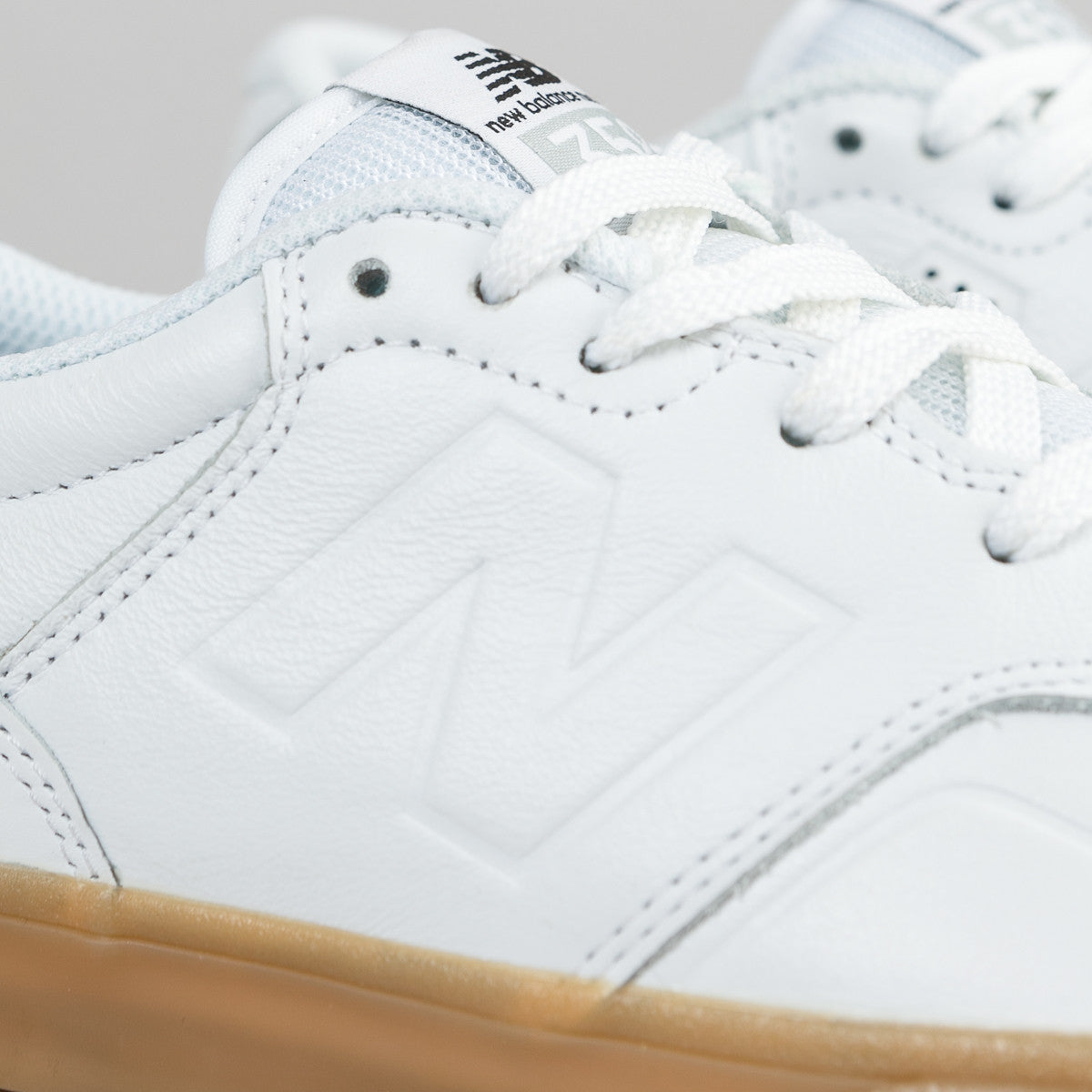 New Balance Numeric Arto 358 Shoes - White / Gum