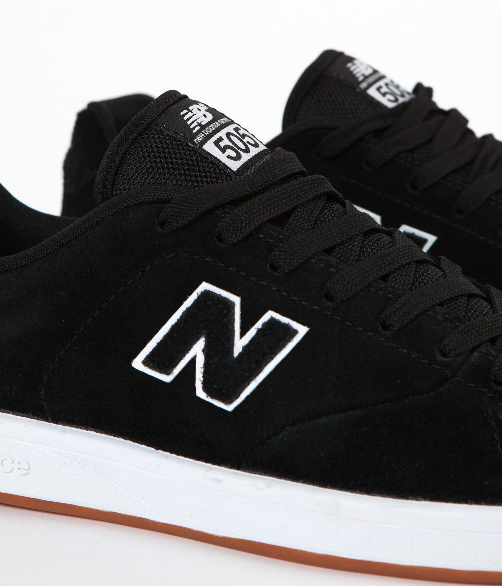 New Balance Numeric 505 Shoes - Black / White