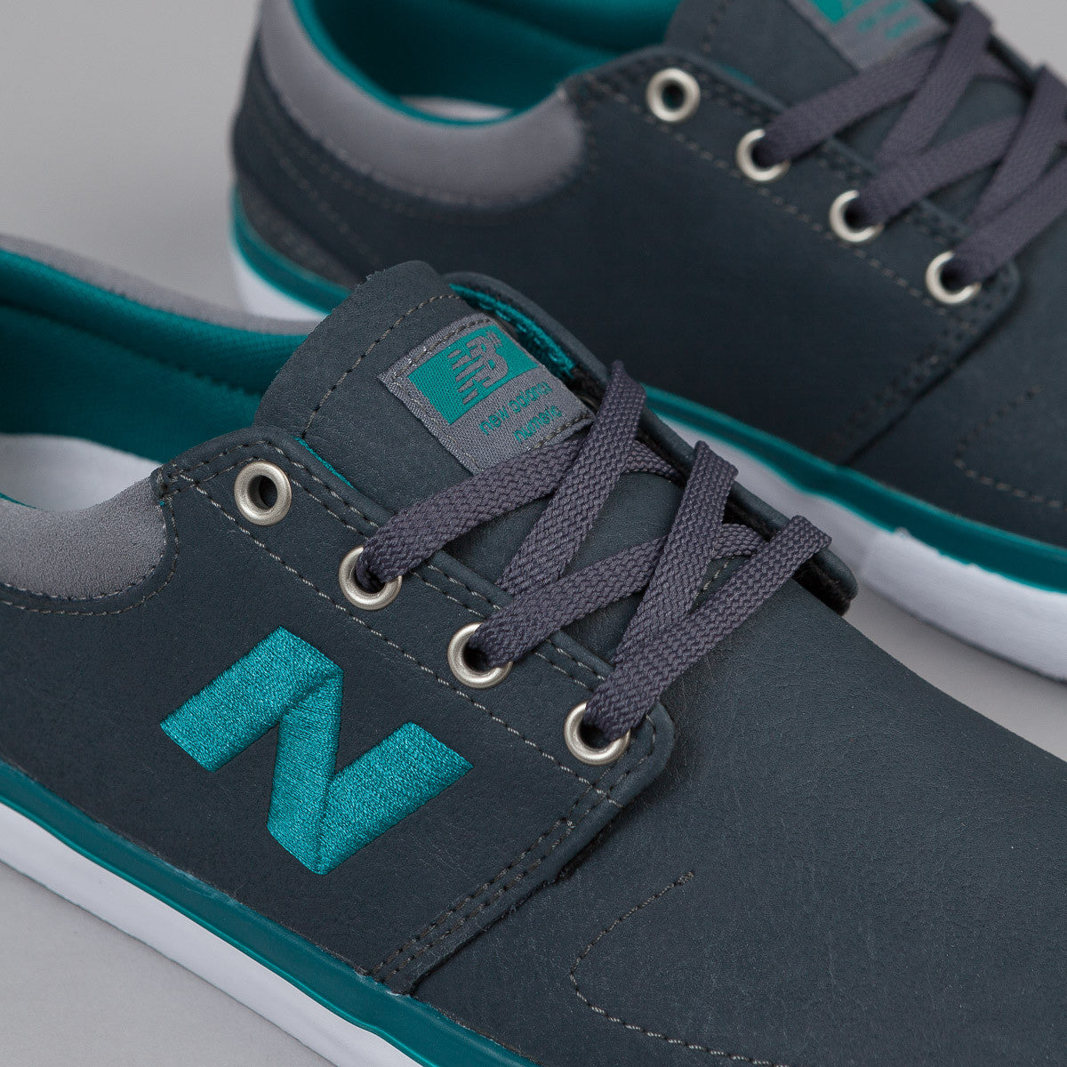New Balance Numeric Brighton 344 Shoes - Charcoal / Jade