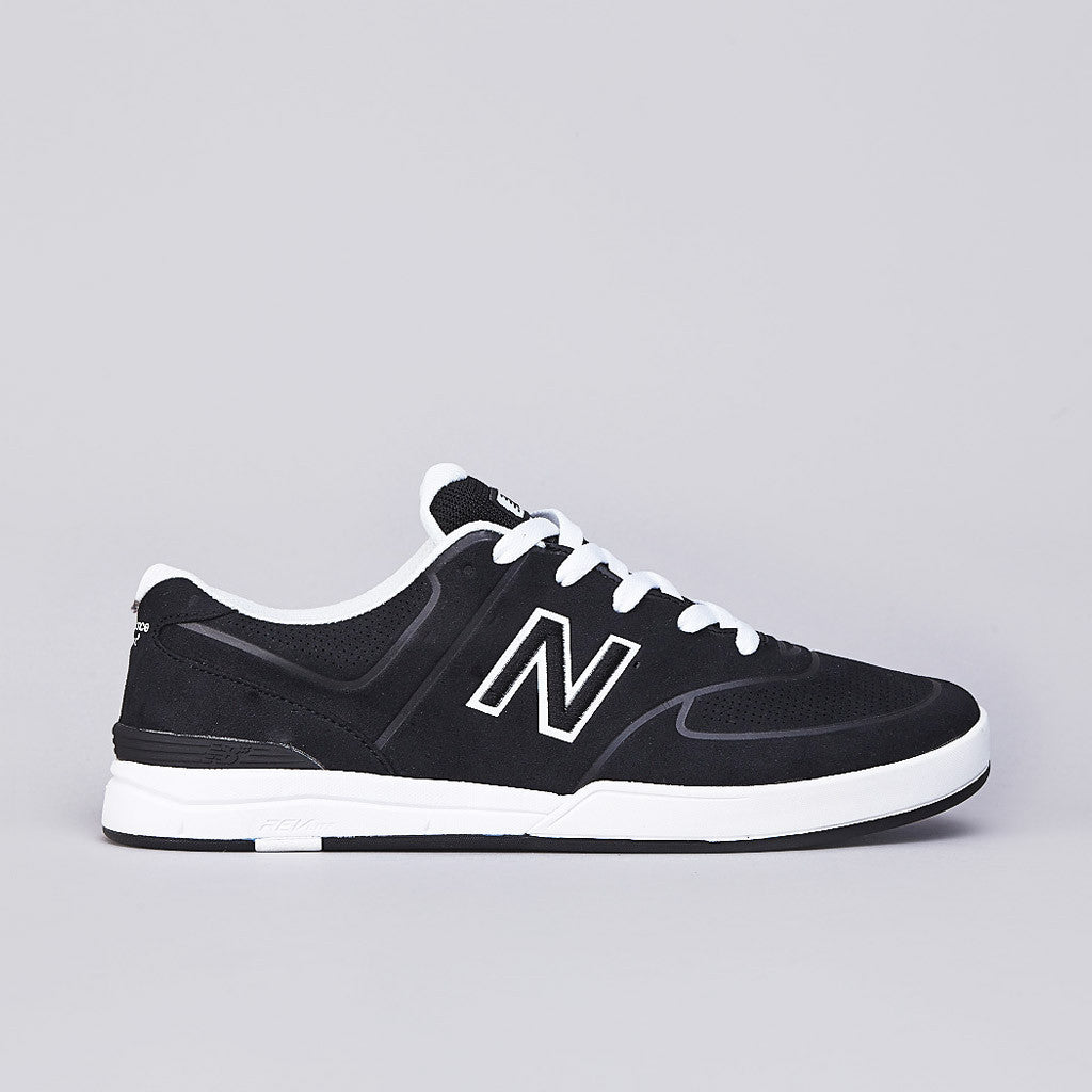 New Balance Numeric Logan 637 Black / White