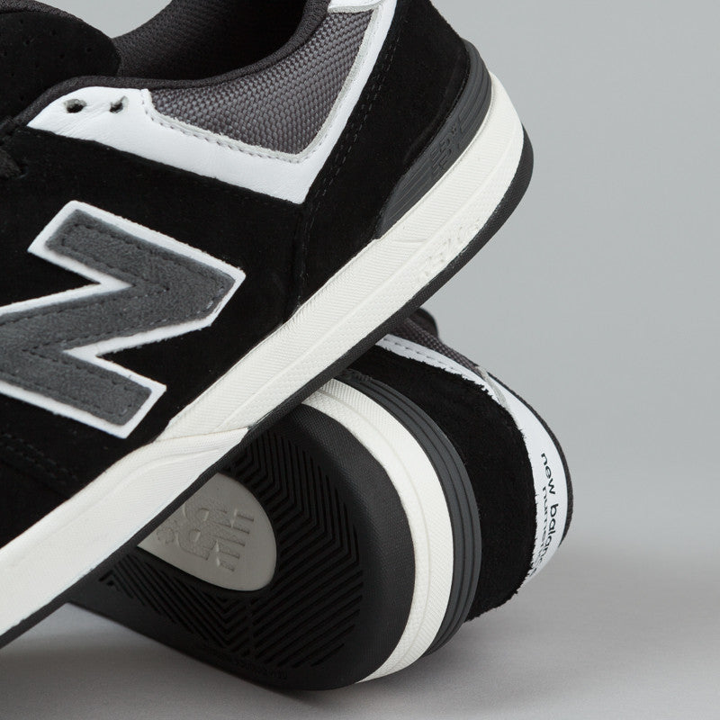 New Balance Numeric Logan S 636 Shoes - Black / Grey