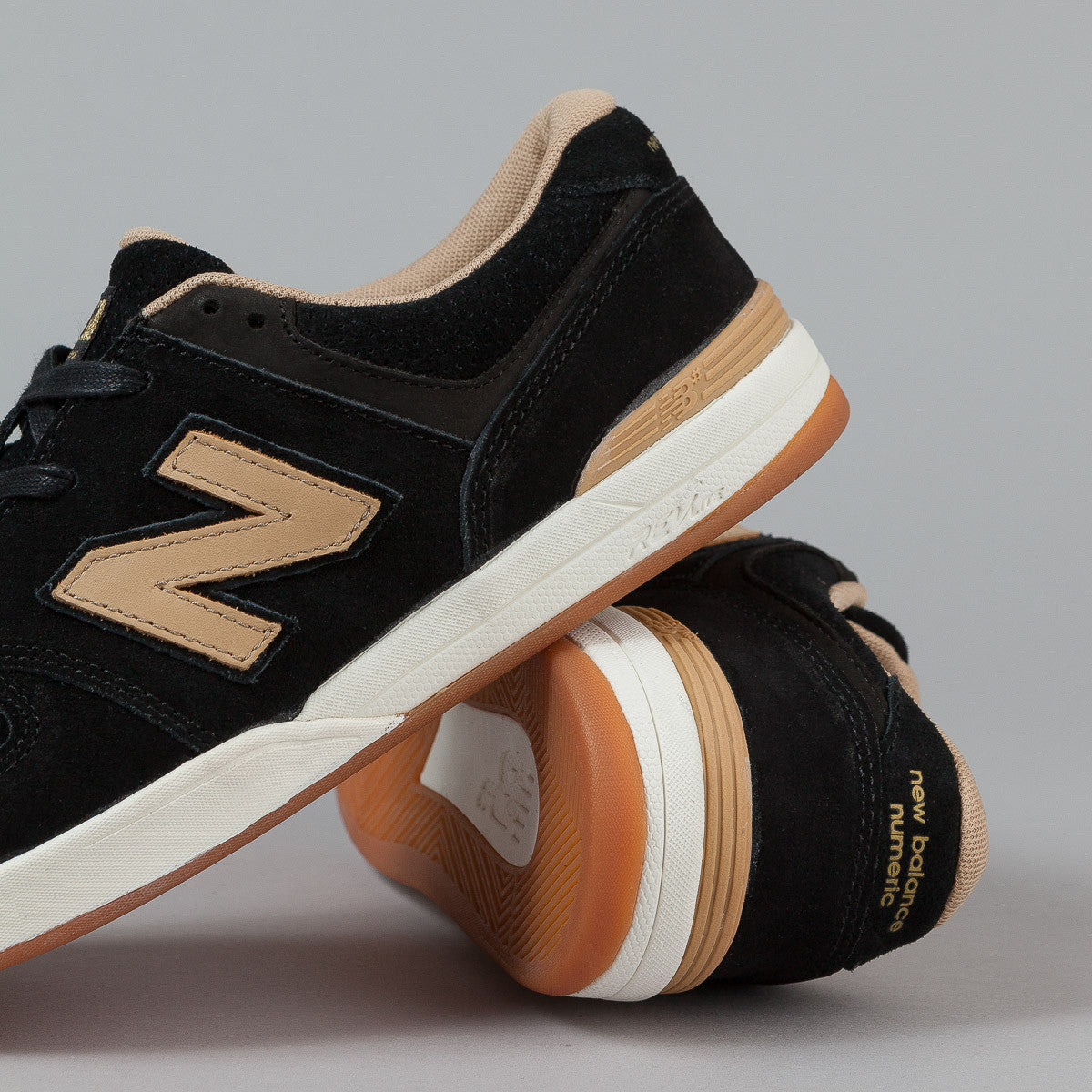 New Balance Numeric Logan S 636 - Black / Tan