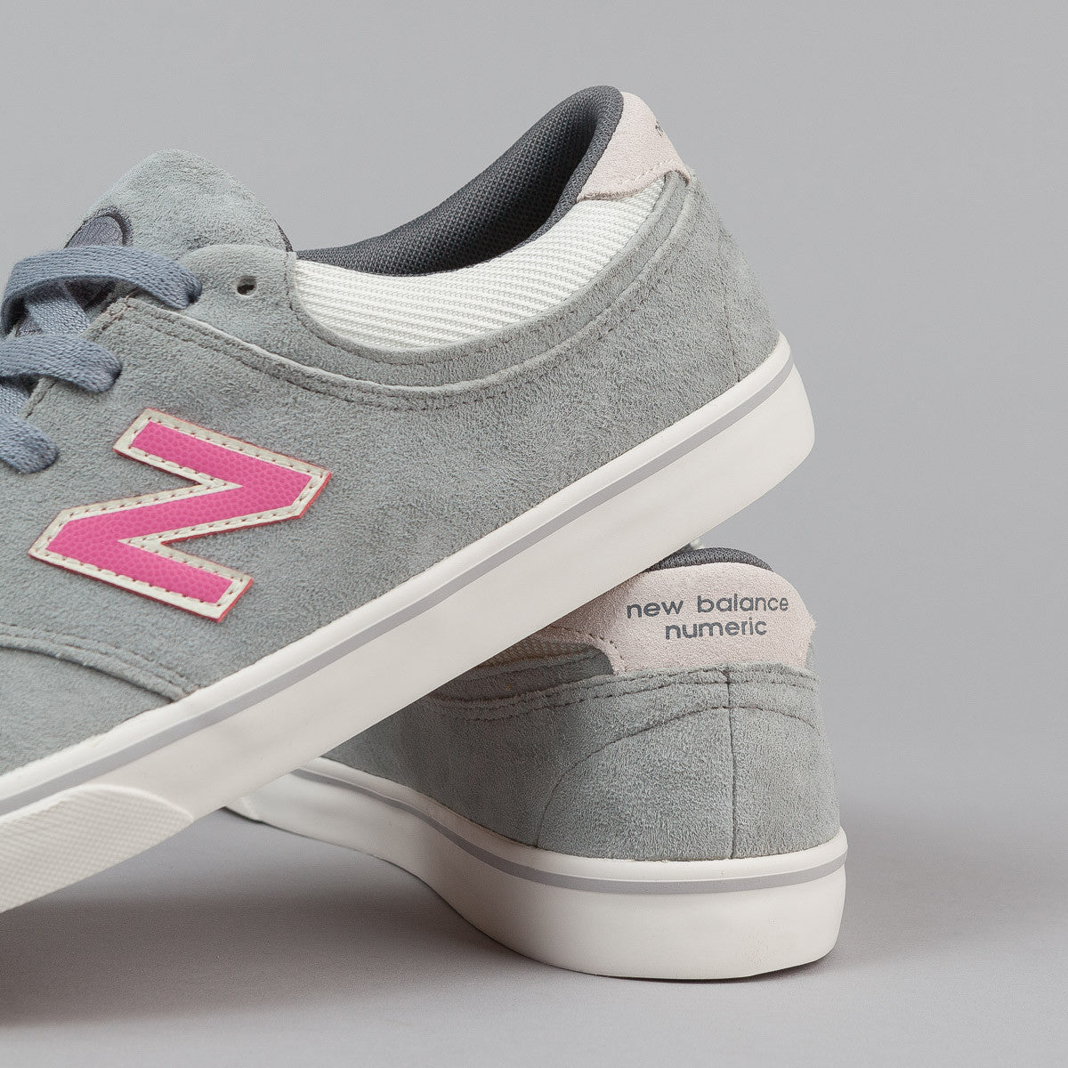 New Balance Numeric Quincy 254 Shoes - Grey / Pink