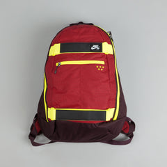 Nike SB Embarca Medium Backpack Gym Red / Volt