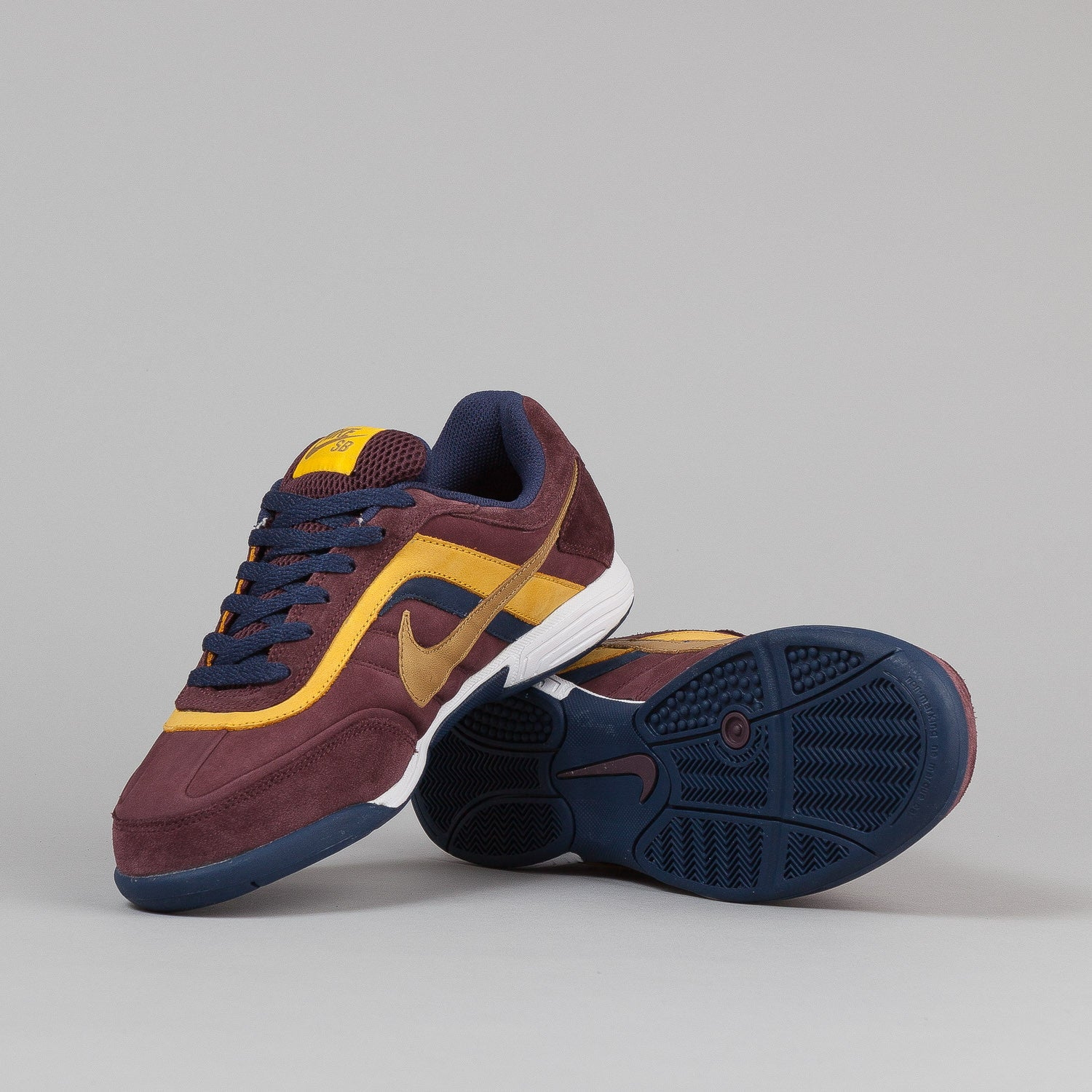 Nike SB Air Abington Shoes - Deep Burgundy / Metallic Gold