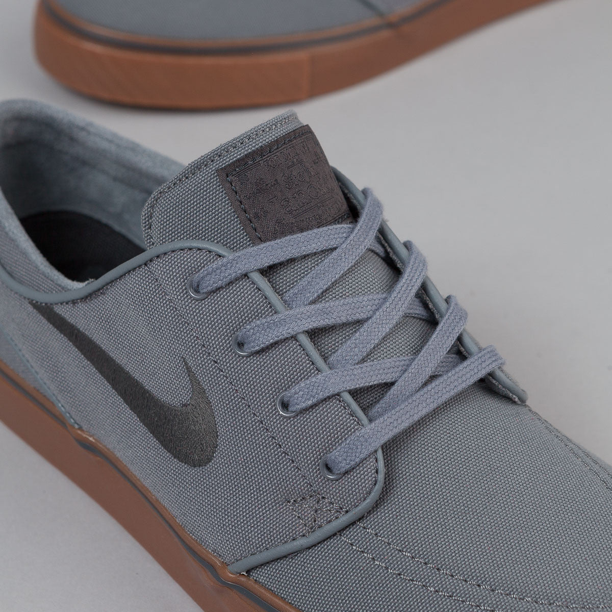 Nike SB Stefan Janoski Canvas Shoes - Cool Grey / Anthracite - Black - Gum Mid Brown