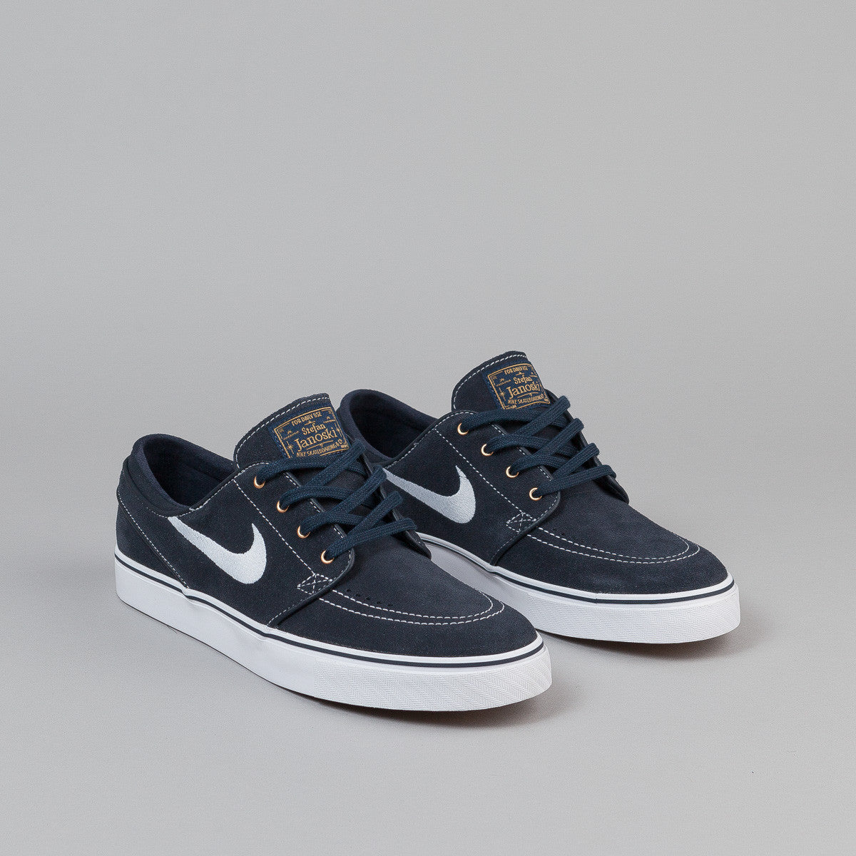 nike sb stefan janoski shoes dark obsidian white white gum lig flatspot. Black Bedroom Furniture Sets. Home Design Ideas