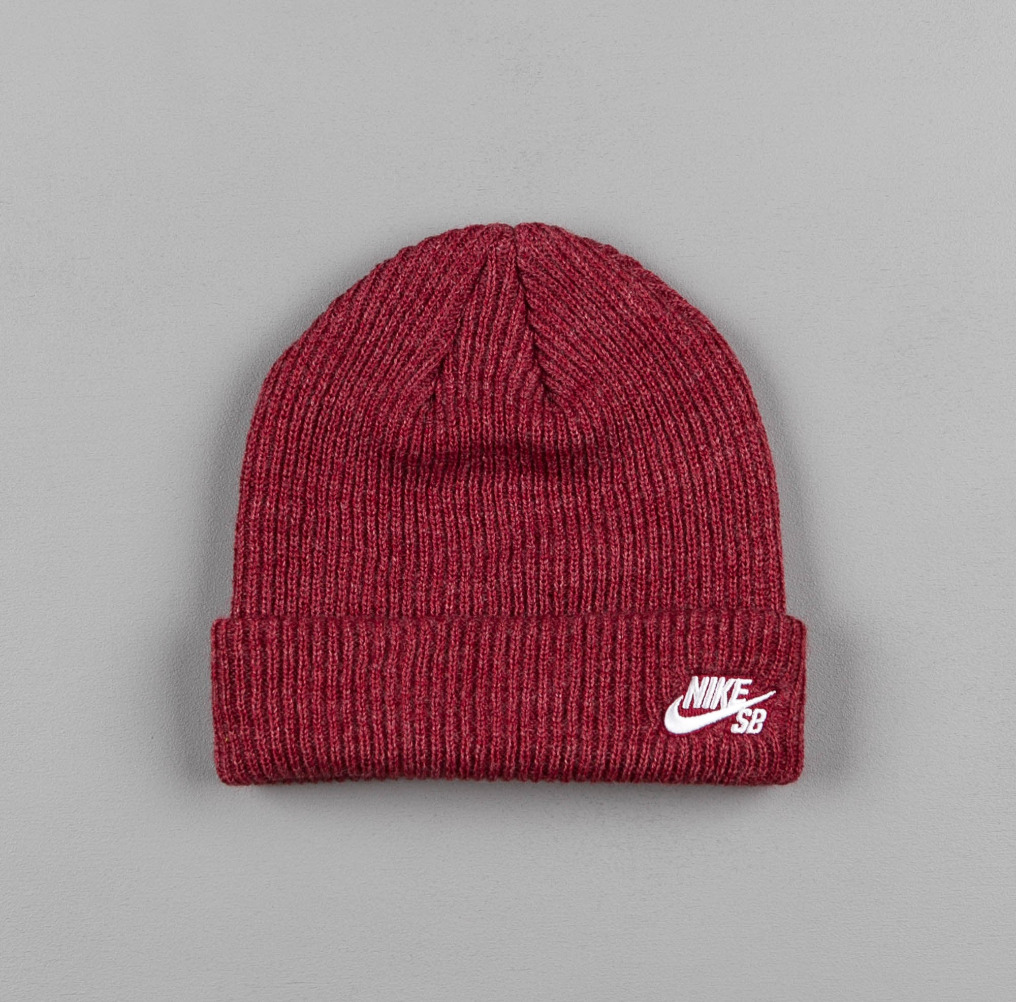 Nike SB Fisherman Cap Beanie - Medium Team Red Heather / White