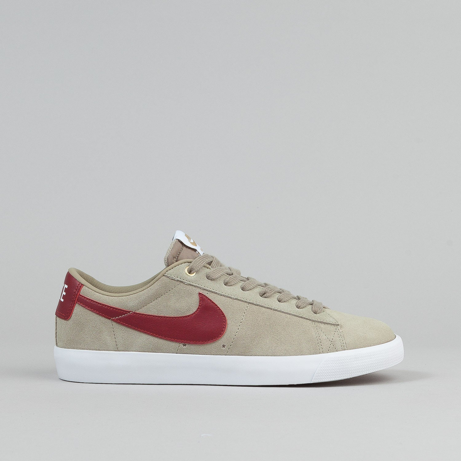 Nike SB Blazer Low GT Shoes