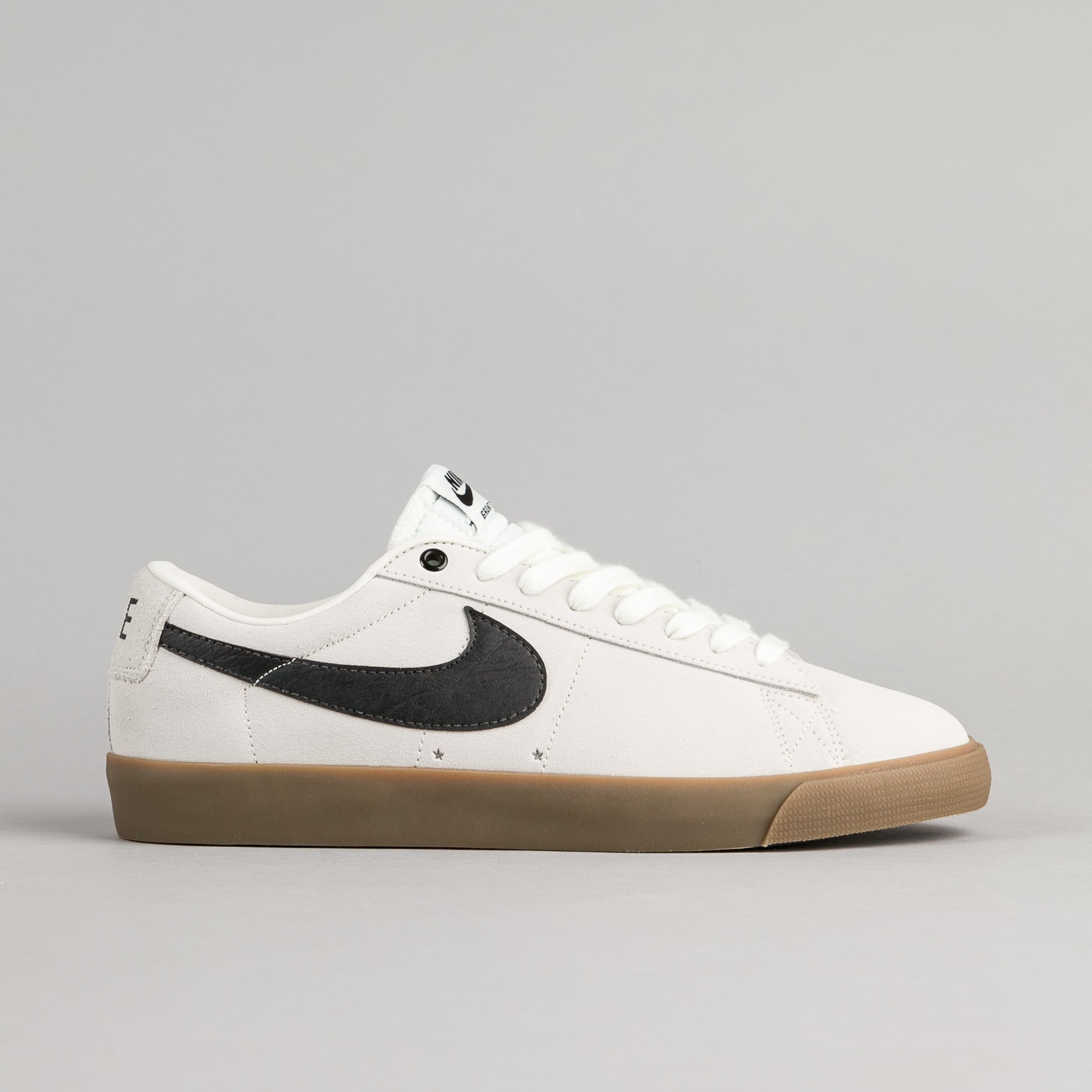 5b103bc5b04df4 Nike SB Blazer Low GT Shoes - Ivory   Black - Gum Light Brown