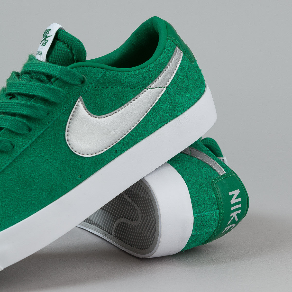 Nike SB Blazer Low GT Shoes - Pine Green / Metallic Silver - Wolf Grey - White