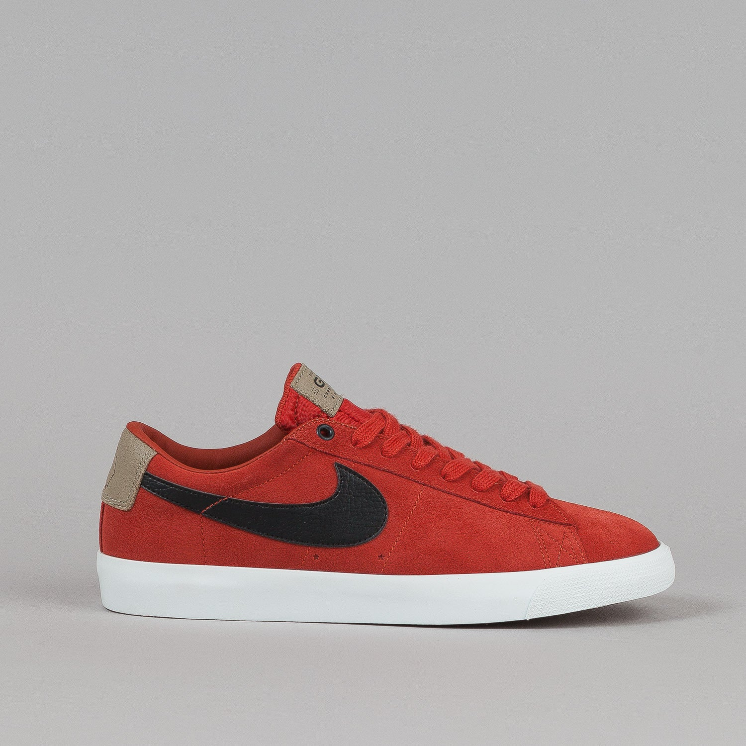 Nike SB Blazer Low GT Shoes QS