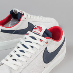 Nike SB Blazer Low GT Shoes - Summit White / Obsidian - University Red