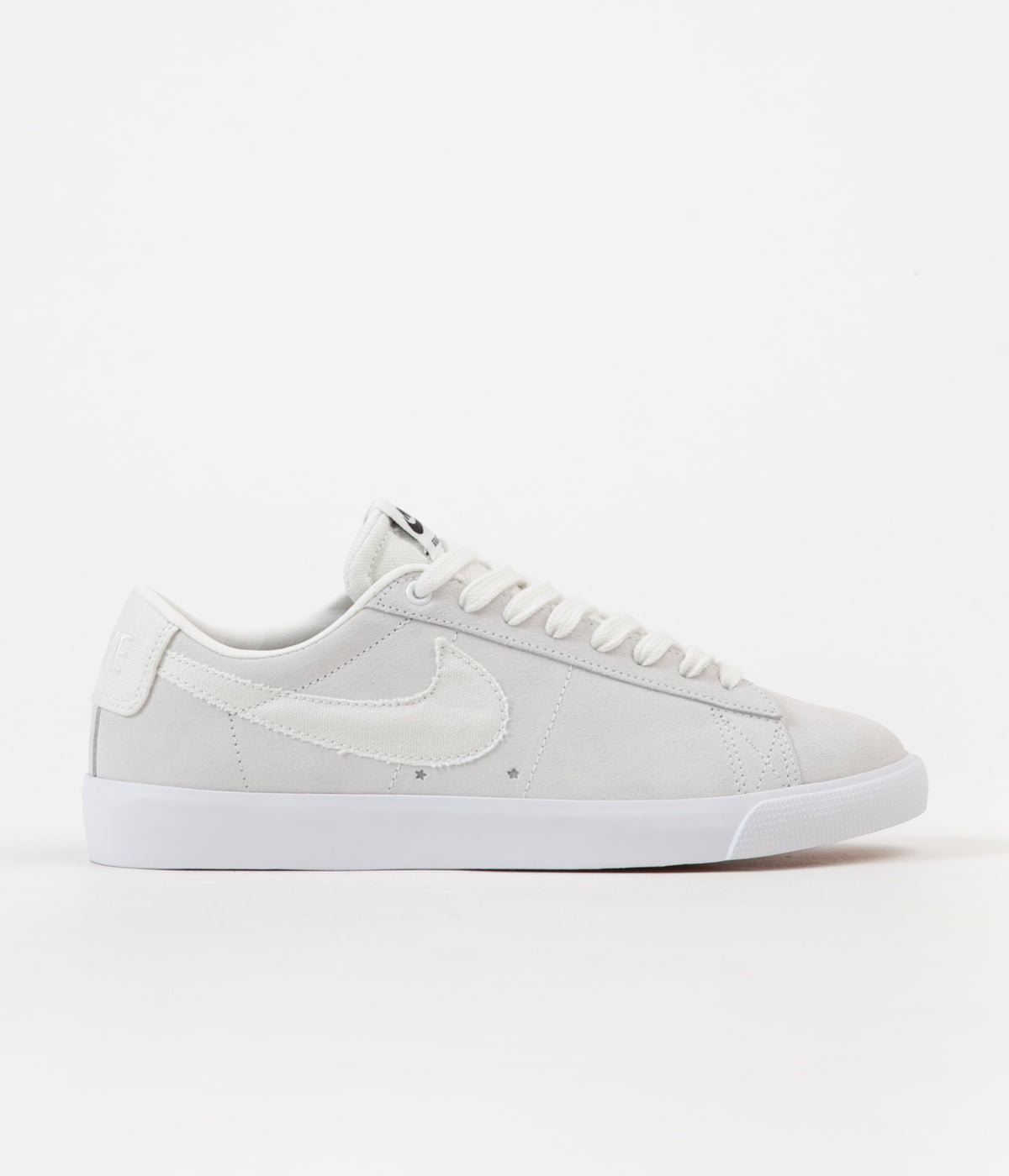 b3d99b7eed3a44 Nike SB Blazer Low GT Shoes - Summit White   Summit White - Obsidian ...