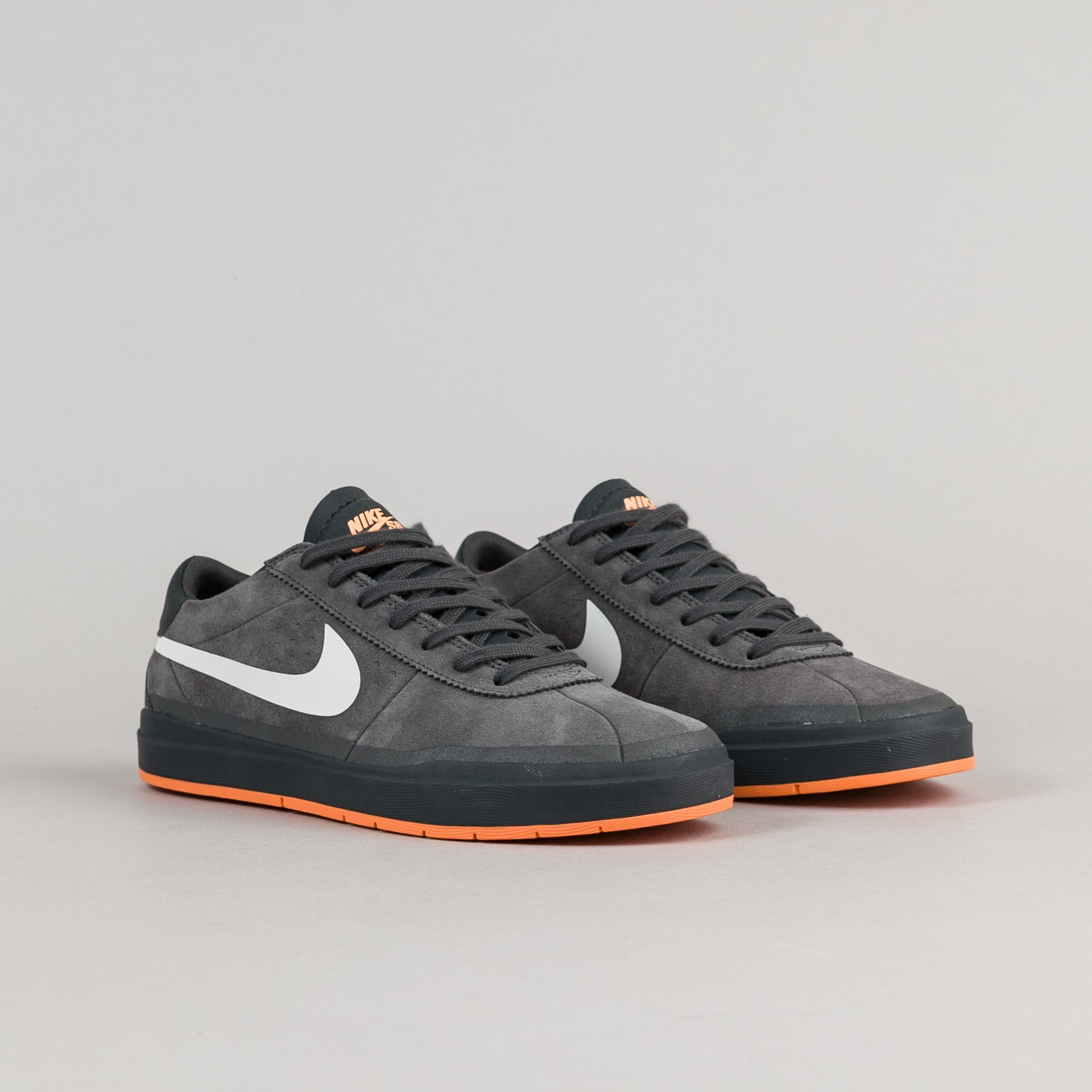 Nike SB Bruin Hyperfeel XT Shoes - Anthracite / White - Clay Orange