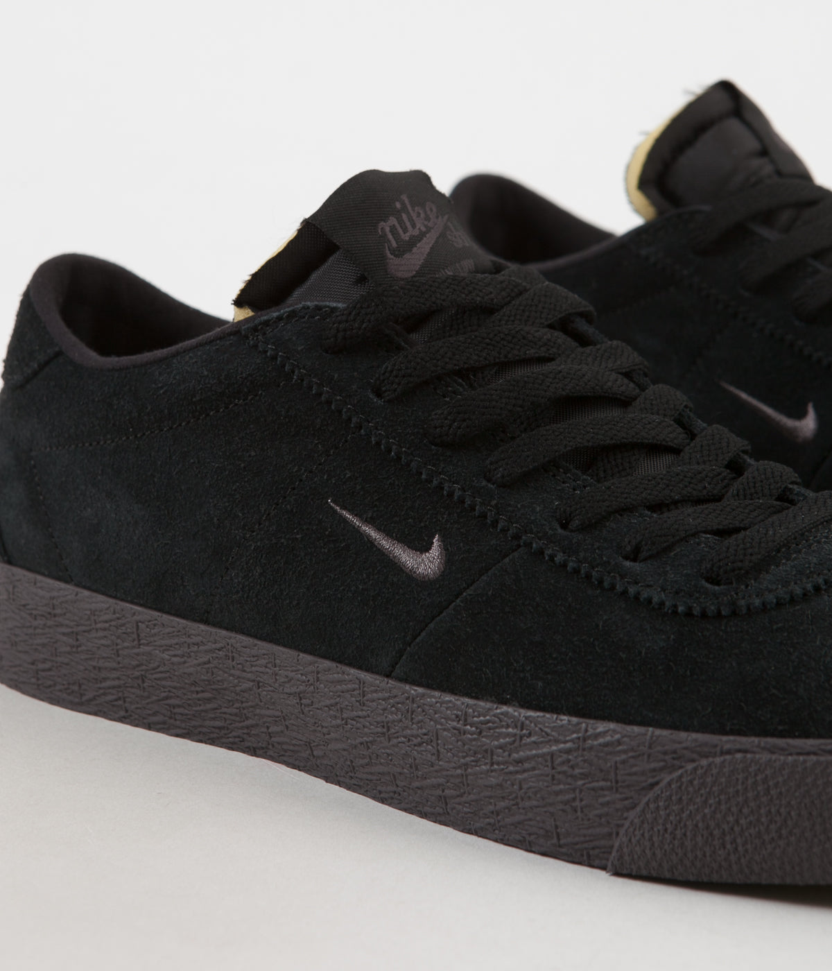 Nike SB Bruin Ultra Shoes - Black / Thunder Grey