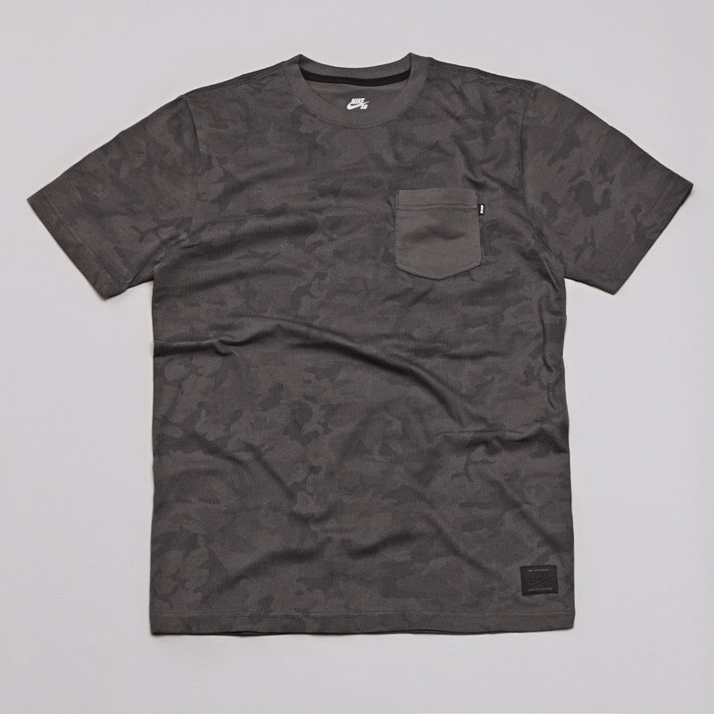 Nike Sb Camo Full Body Pocket T Shirt Black / Dark Base Grey