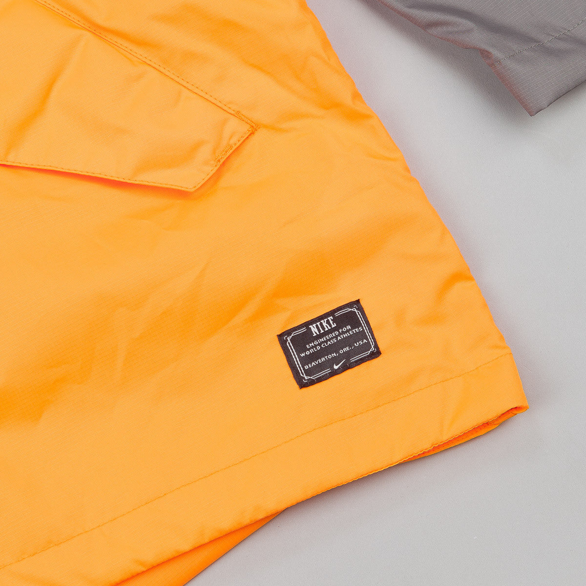 Nike SB Division Lightweight Packable Jacket - Grey / Orange