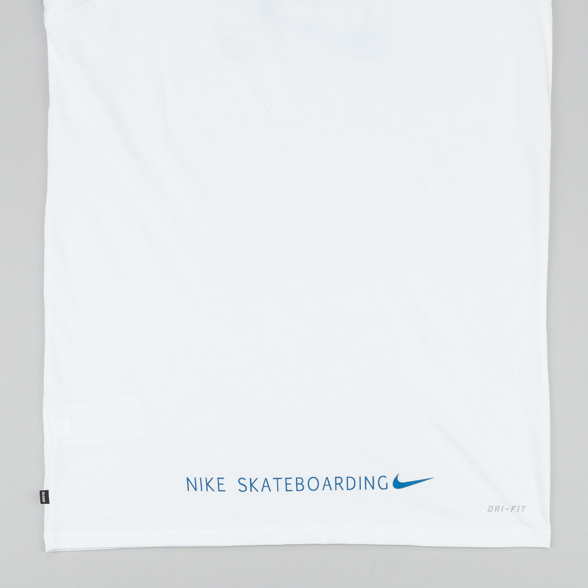 Nike SB Dri-Fit 360 Fern Fill T-Shirt - White