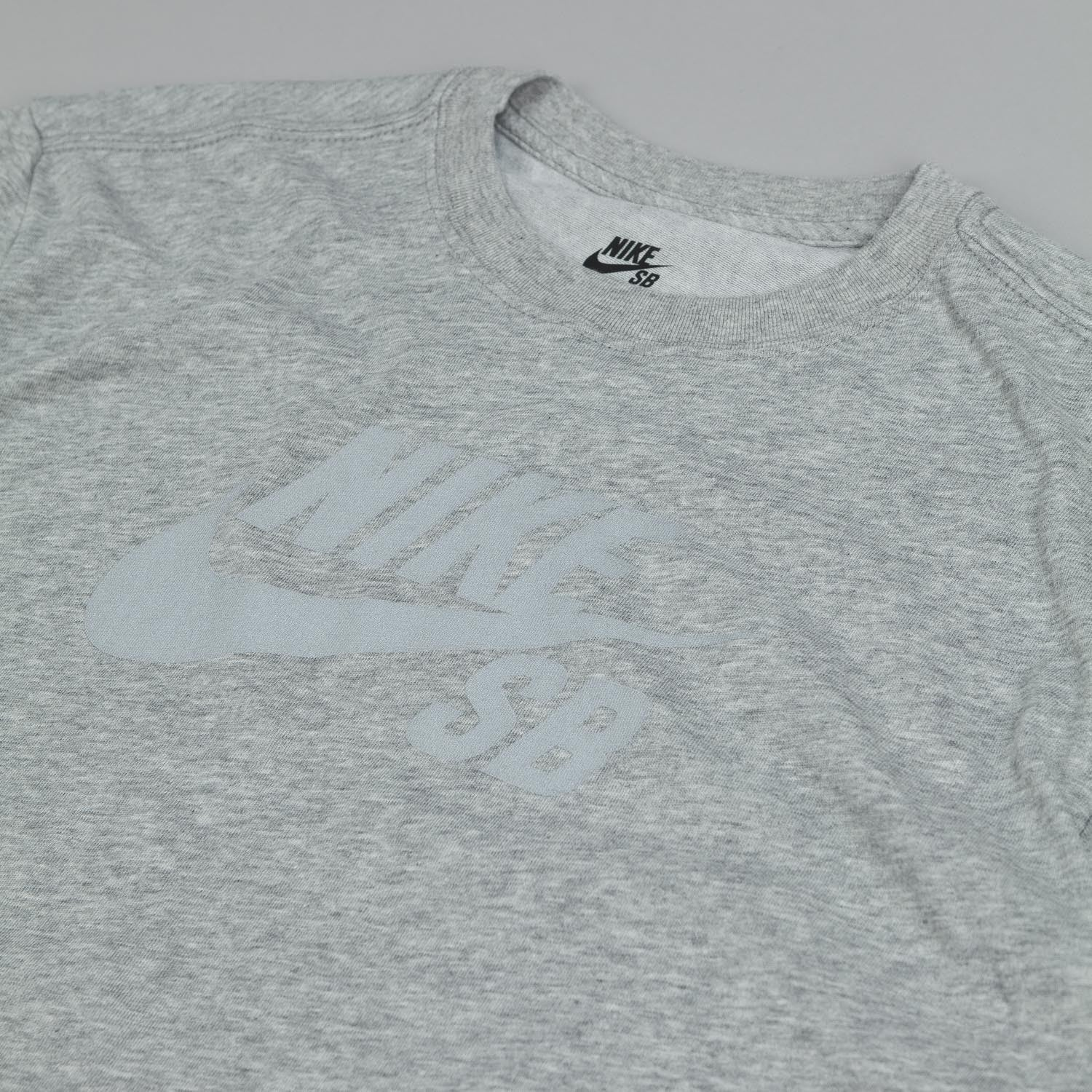 Nike SB Dri Fit Icon Reflective T Shirt Dark Grey Heather