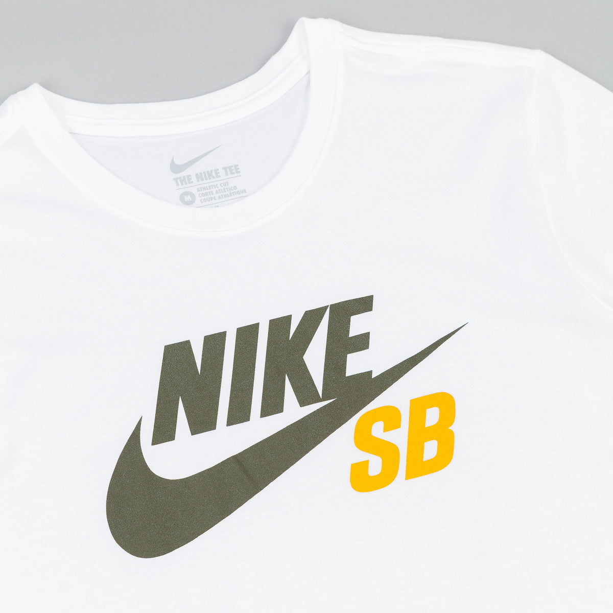 Nike SB Dri-Fit Icon Reflective T-Shirt - White / Cargo Khaki