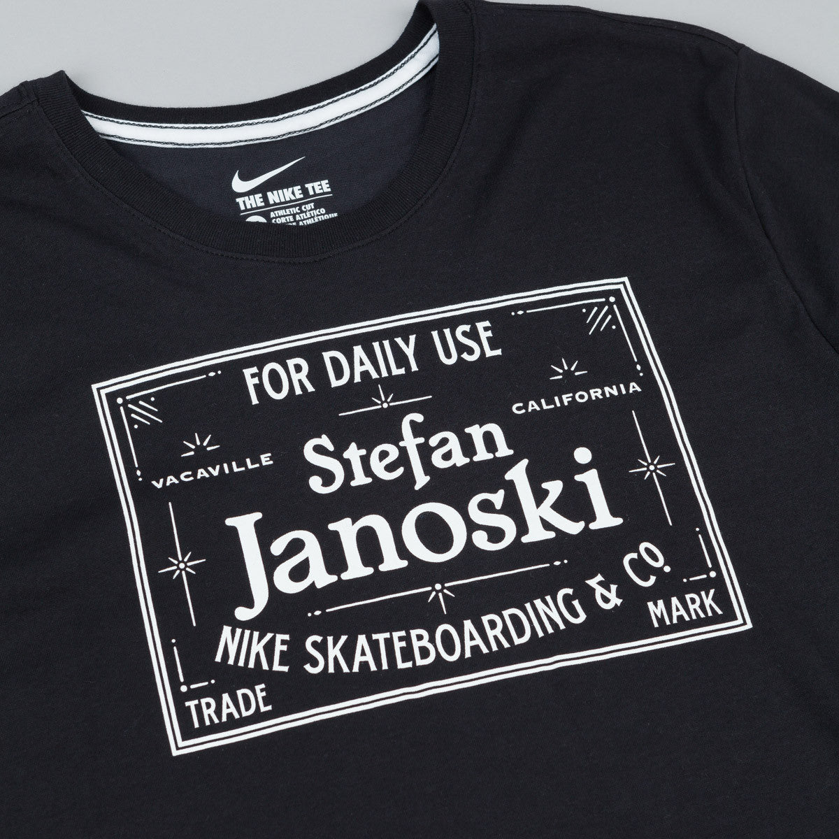 Nike SB Dri-Fit Janoski Label T-Shirt - Black / White