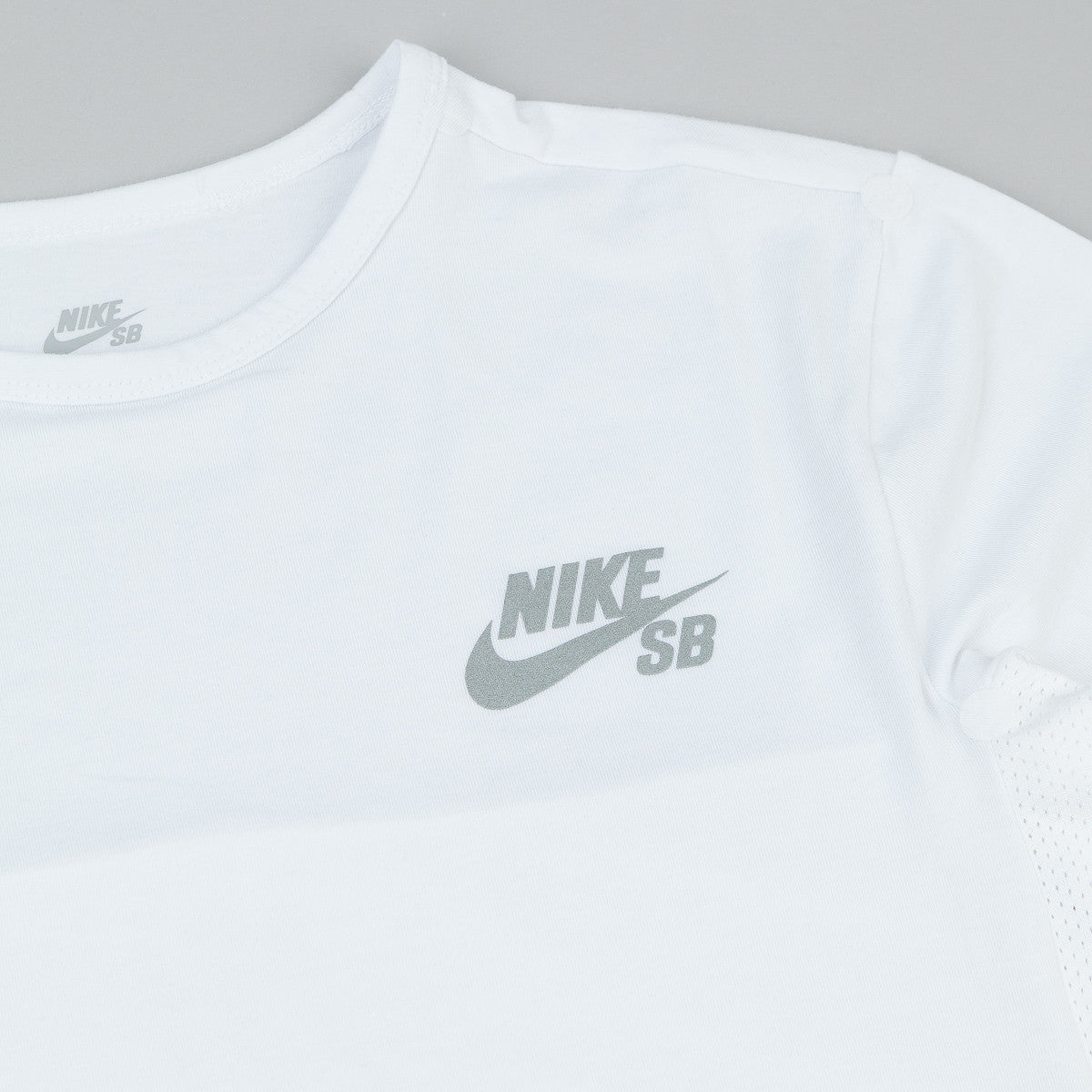 Nike SB Dri-Fit Skyline Cool T-Shirt - White / Reflective