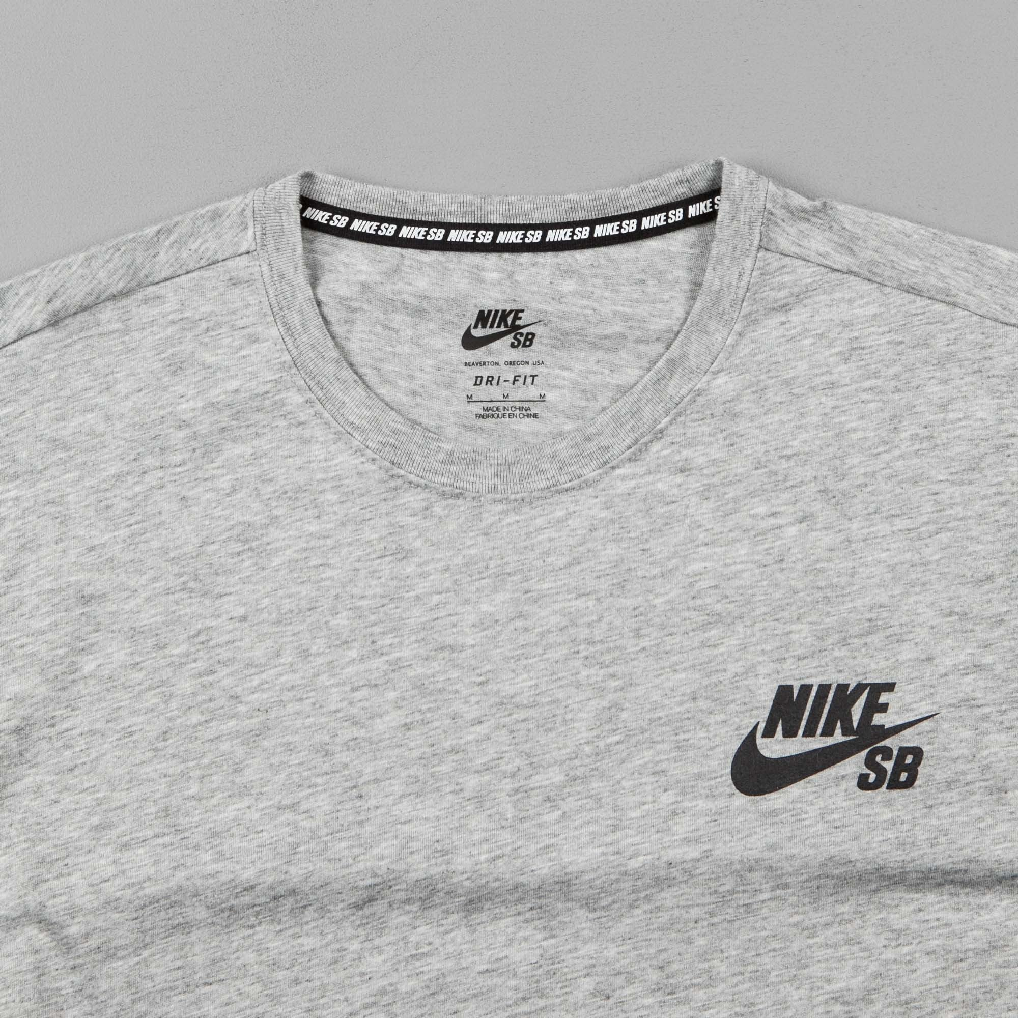 Nike SB Dry T-Shirt - Dark Grey Heather / Black