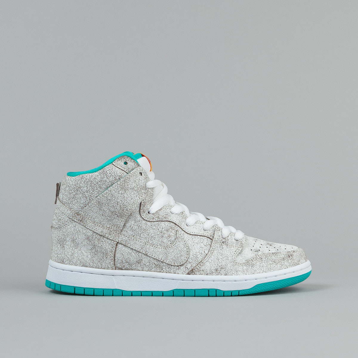 Nike SB Dunk High Premium Shoes 'Flamingo'