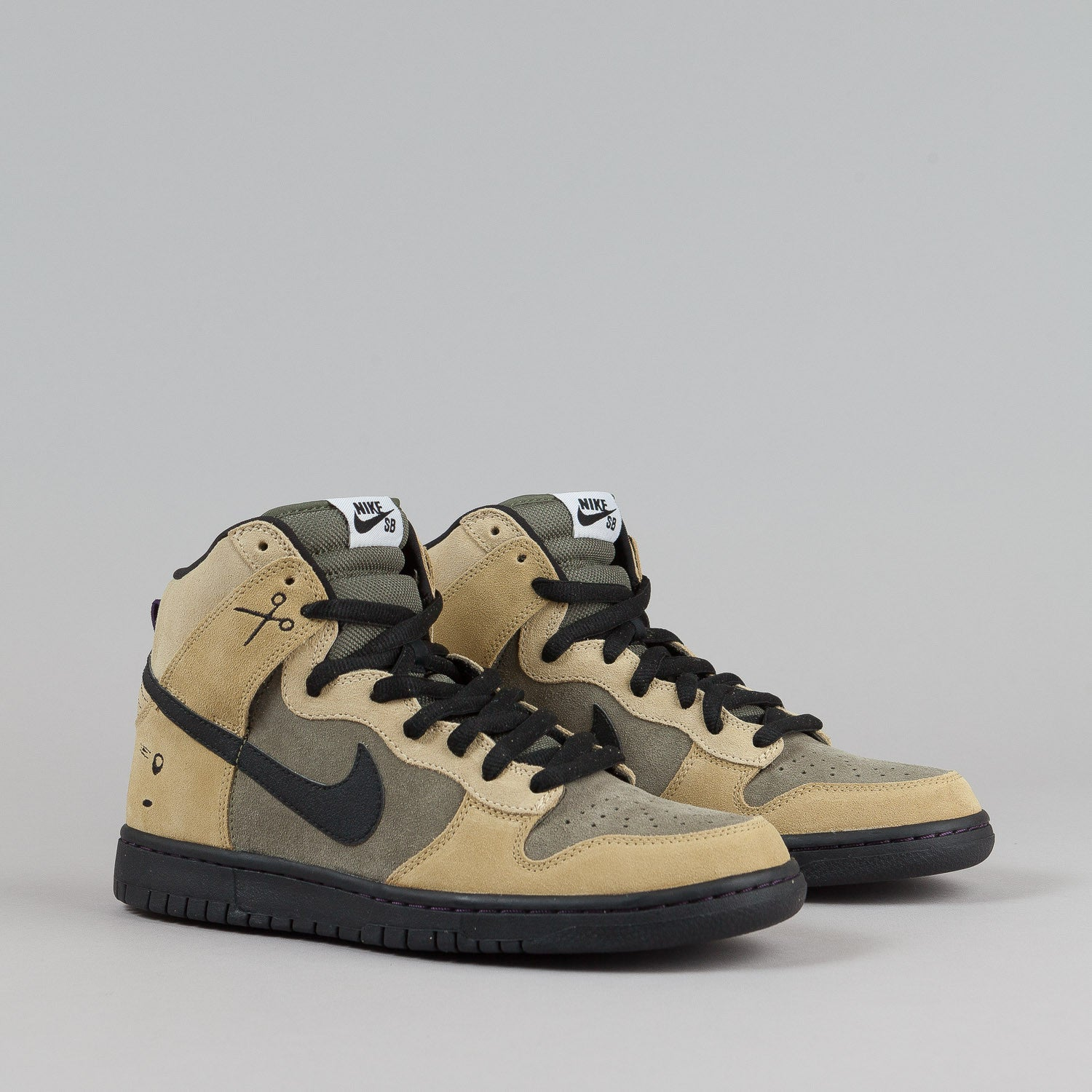 Nike SB Dunk High Premium - Urban Haze / Black / Barley
