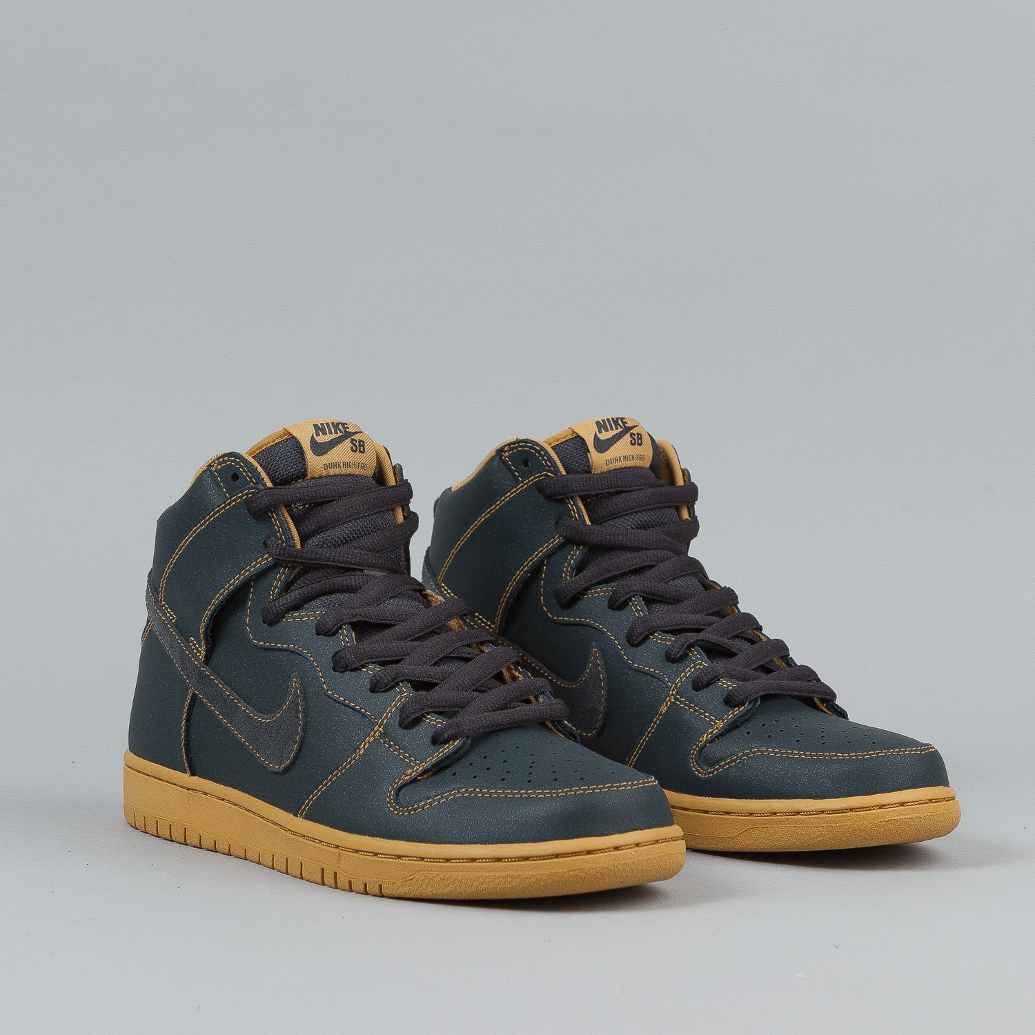 Nike SB Dunk High Pro Shoes - Anthracite / Anthracite / Golden Straw