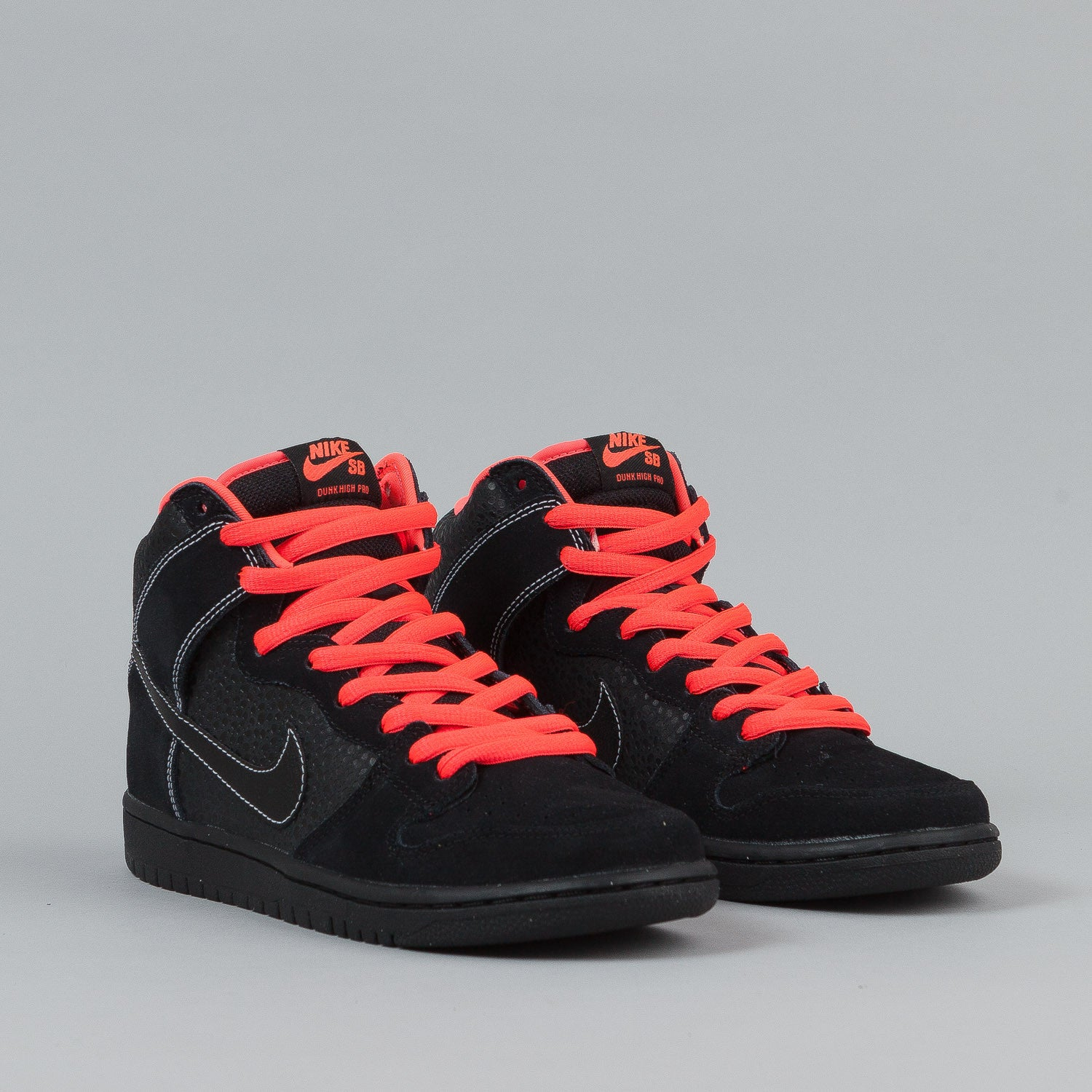 Nike SB Dunk High Pro Shoes - Black / Black / Atomic Red / White