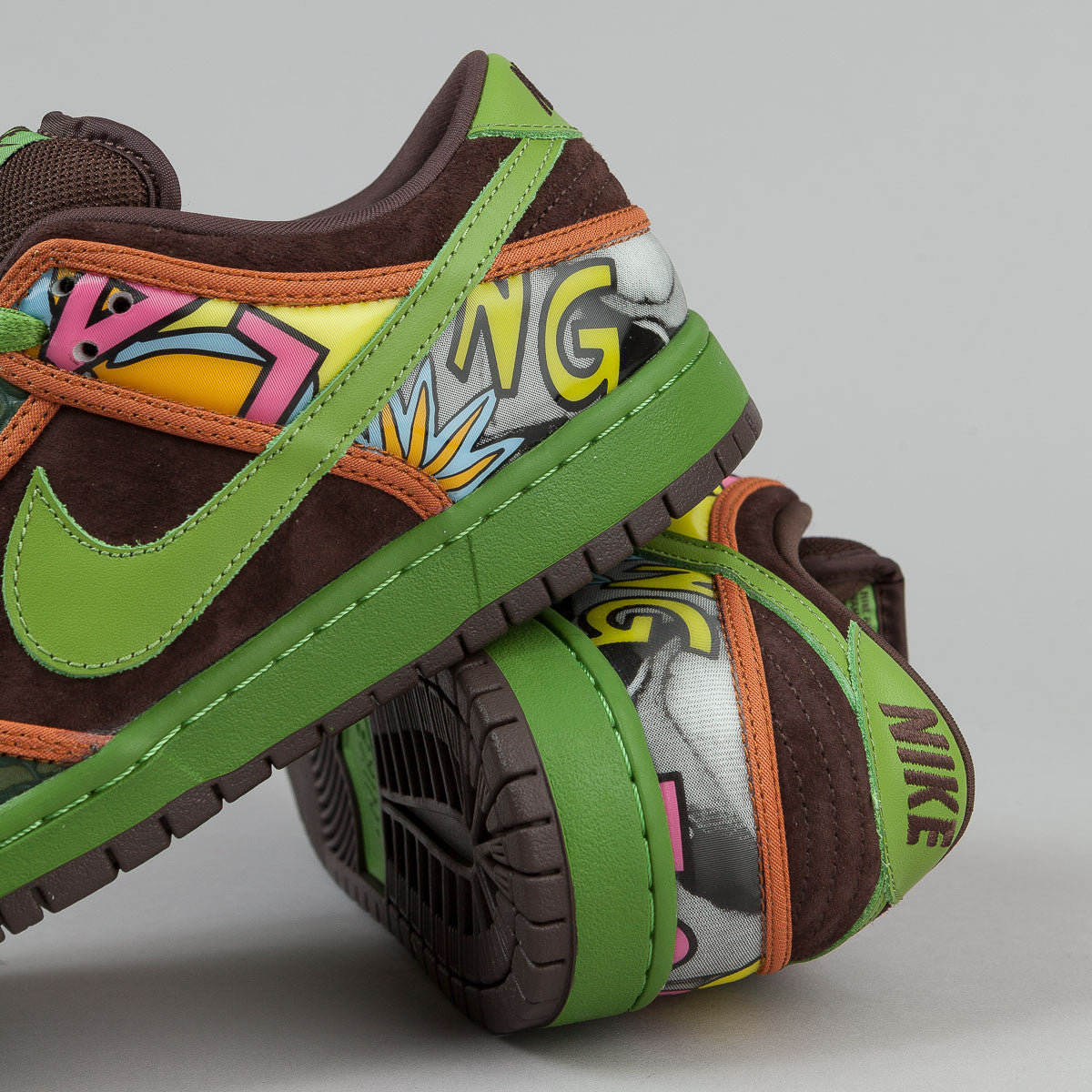 Nike SB Dunk Low Premium Quickstrike Shoes - De La Soul