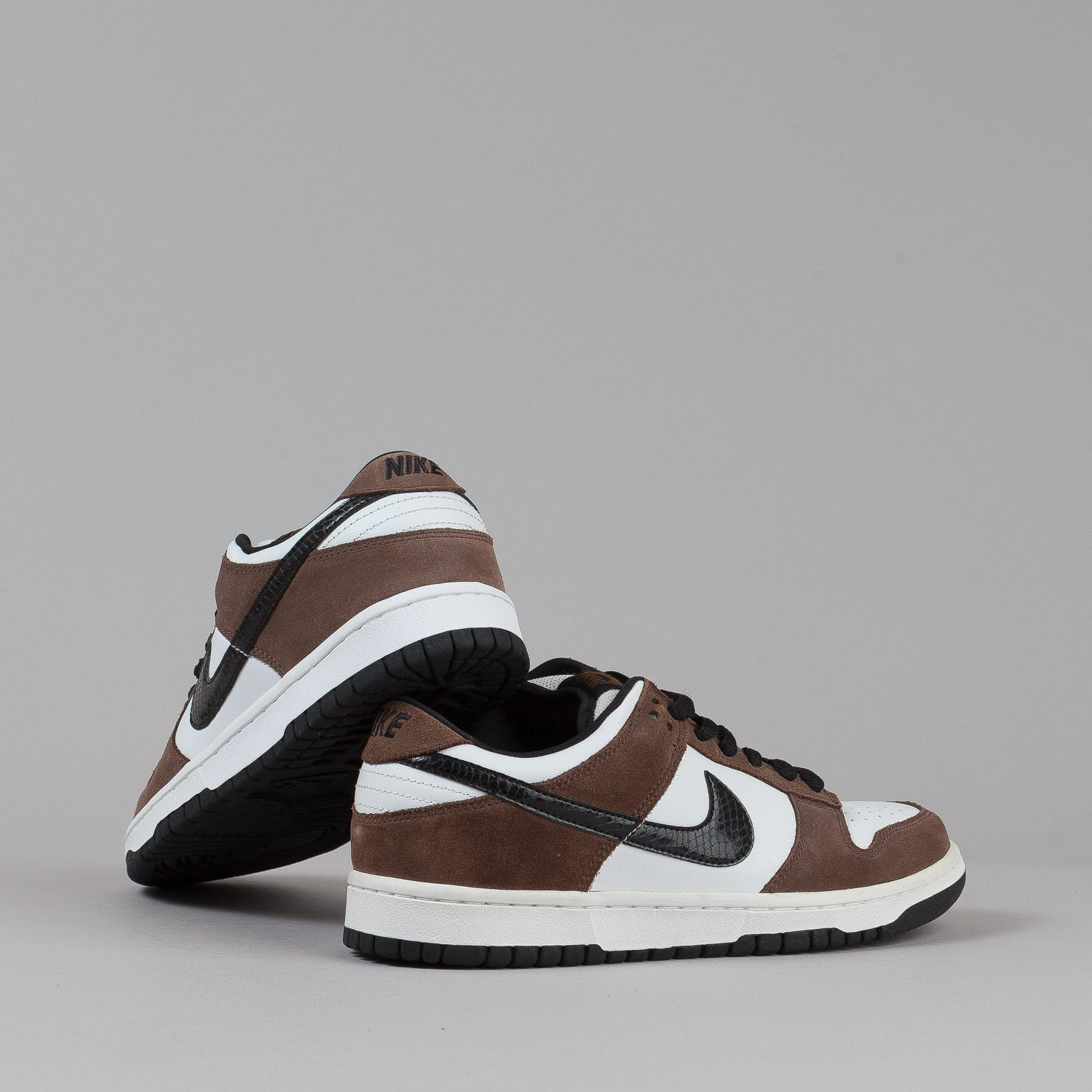 Nike SB Dunk Low Pro Shoes - White / Black / Trail End Brown