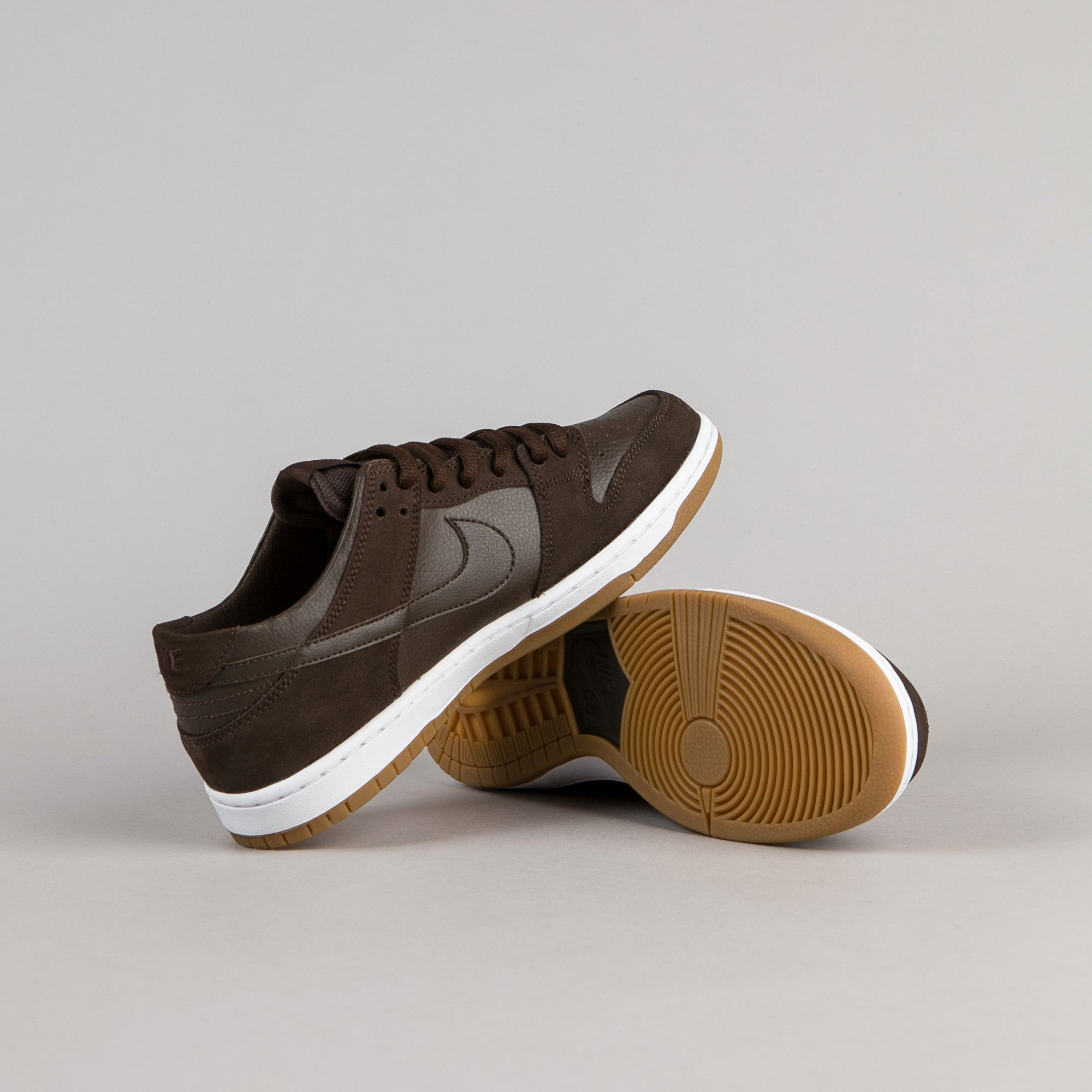 online retailer 8d88f 4a0e8 ... Nike SB Dunk Low Pro Ishod Wair Shoes - Baroque Brown   Baroque Brown -  White ...