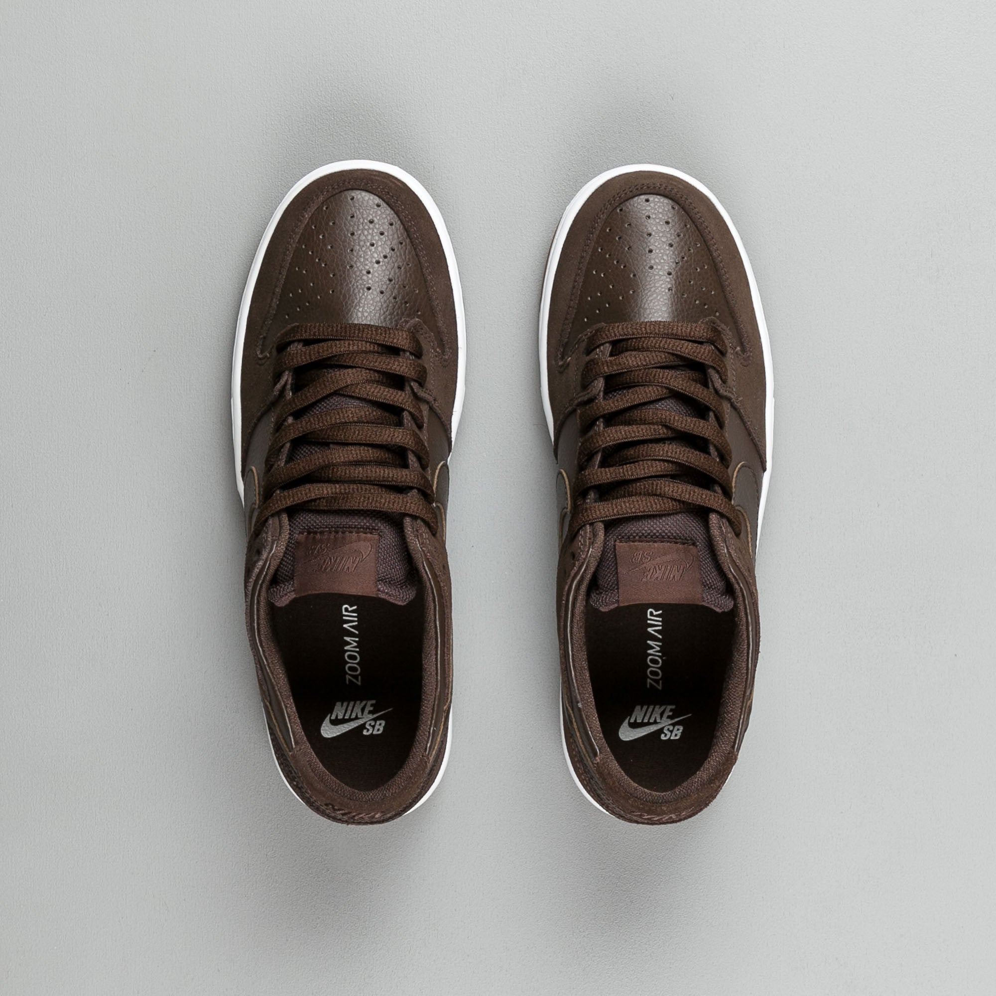 Nike SB Dunk Low Pro Ishod Wair Shoes - Baroque Brown / Baroque Brown - White