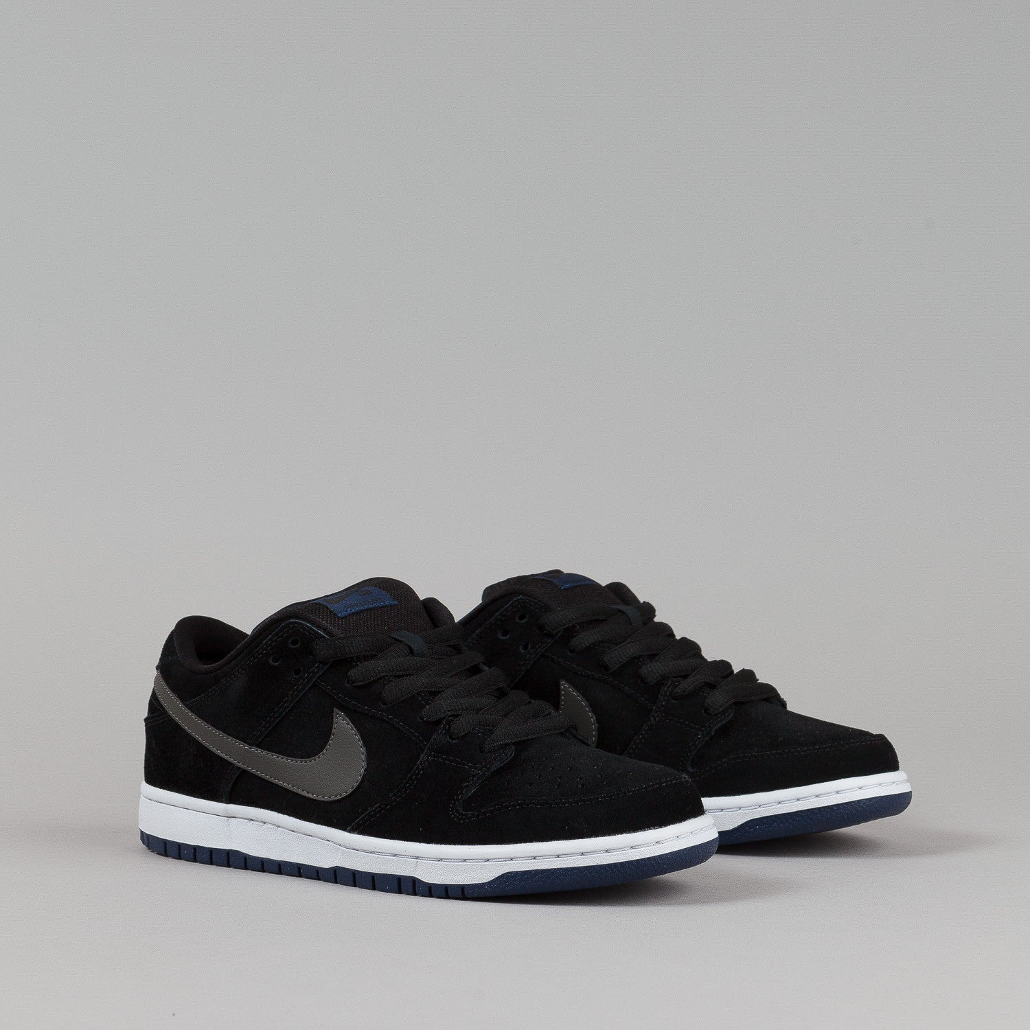 Nike SB Dunk Low Pro Shoes - Black / Mid Fog / Mid Navy / White