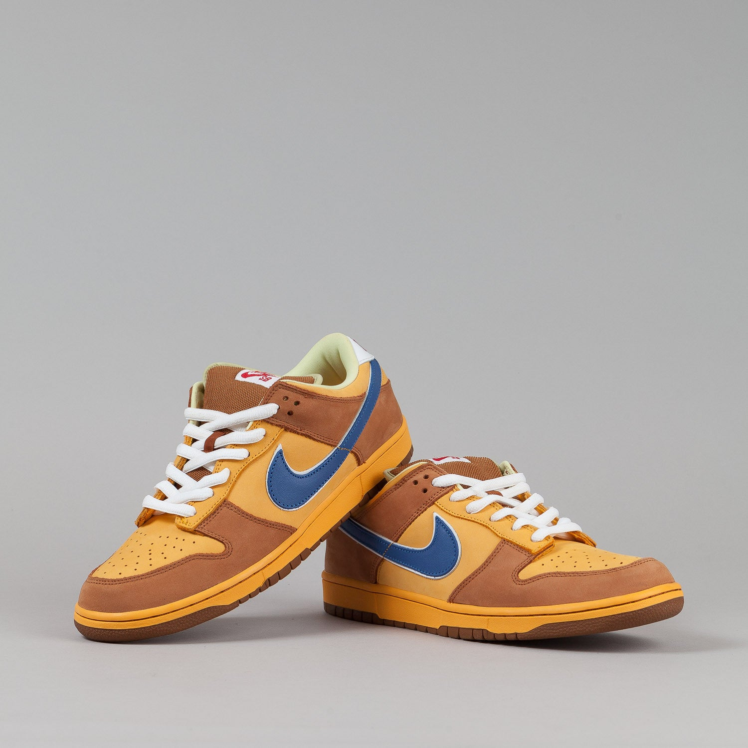 Nike SB Dunk Low Premium Shoes - Gold / Atlantic Blue
