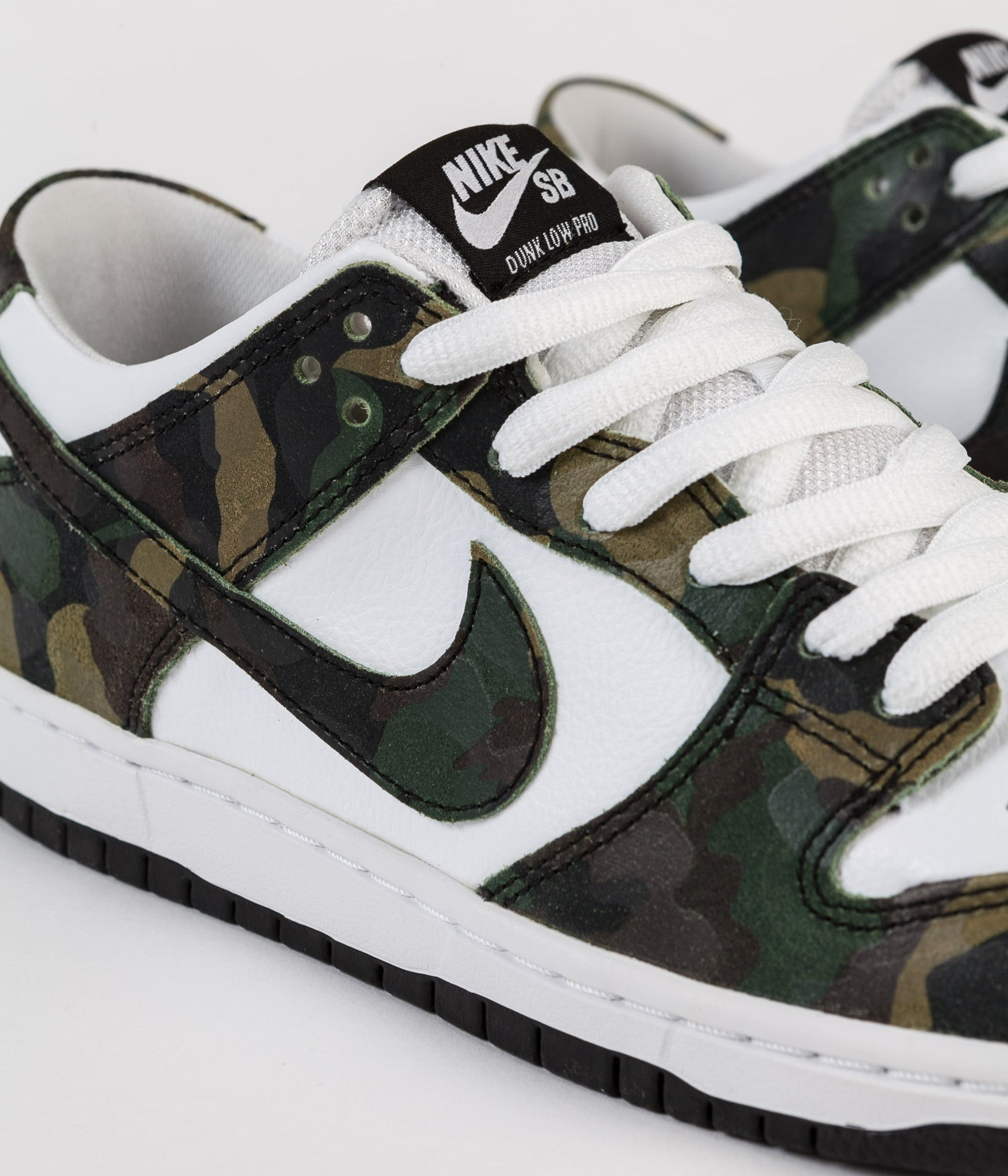 Nike SB Dunk Low Pro Shoes - Legion Green / Legion Green - White - Black