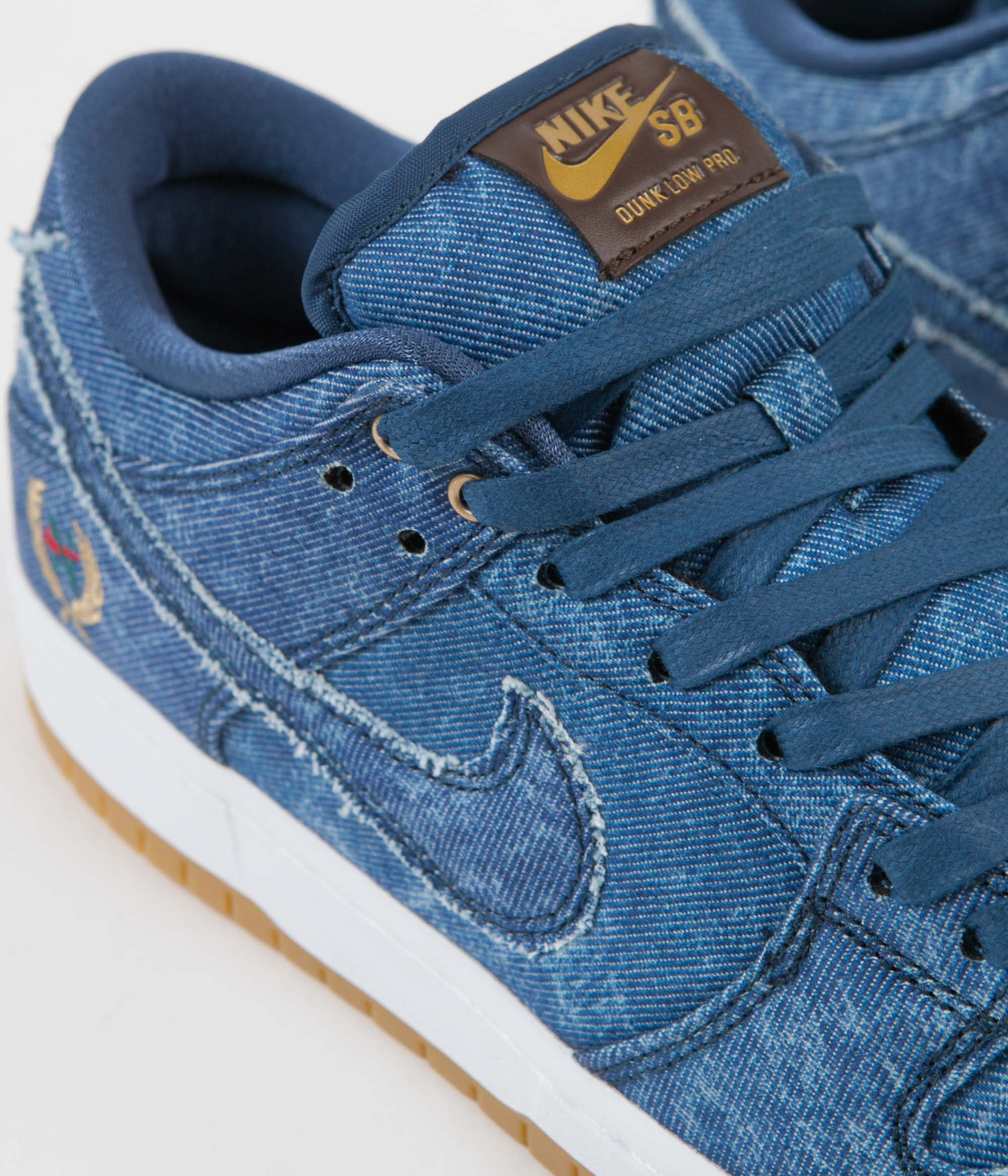 Nike SB Dunk Low Pro Shoes - Utility Blue / Utility Blue - White