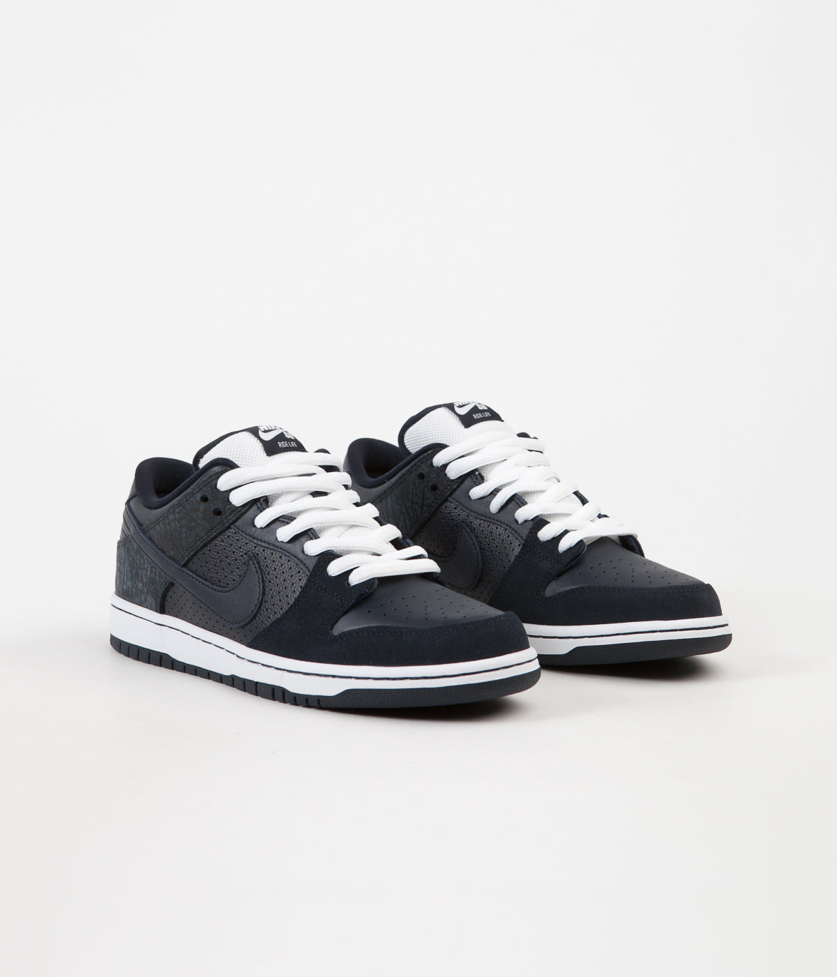 Nike SB Dunk Low TRD Murasaki Shoes - Dark Obsidian / Dark Obsidian - White
