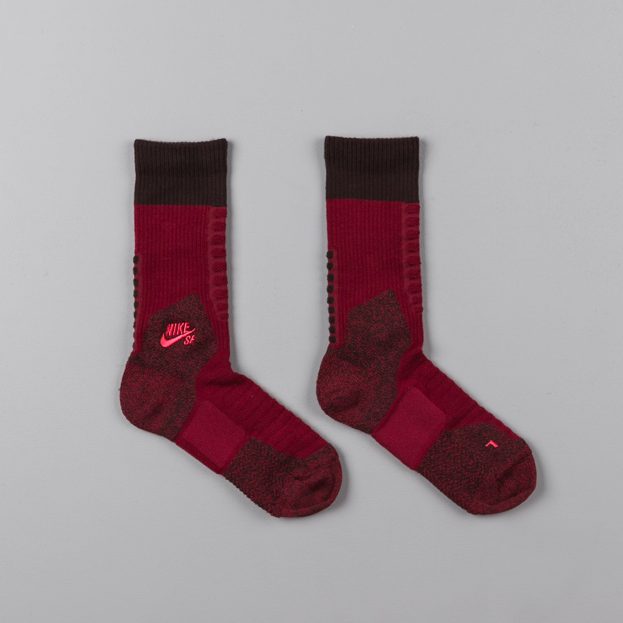 Nike SB Elite Crew Socks - Team Red / Velvet Brown / Ember Glow