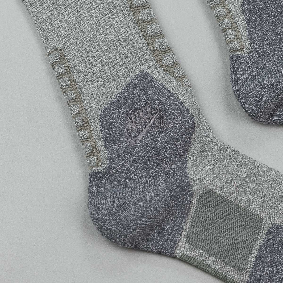 Nike SB Elite Skate 2.0 Crew Socks - Dark Grey / Anthracite