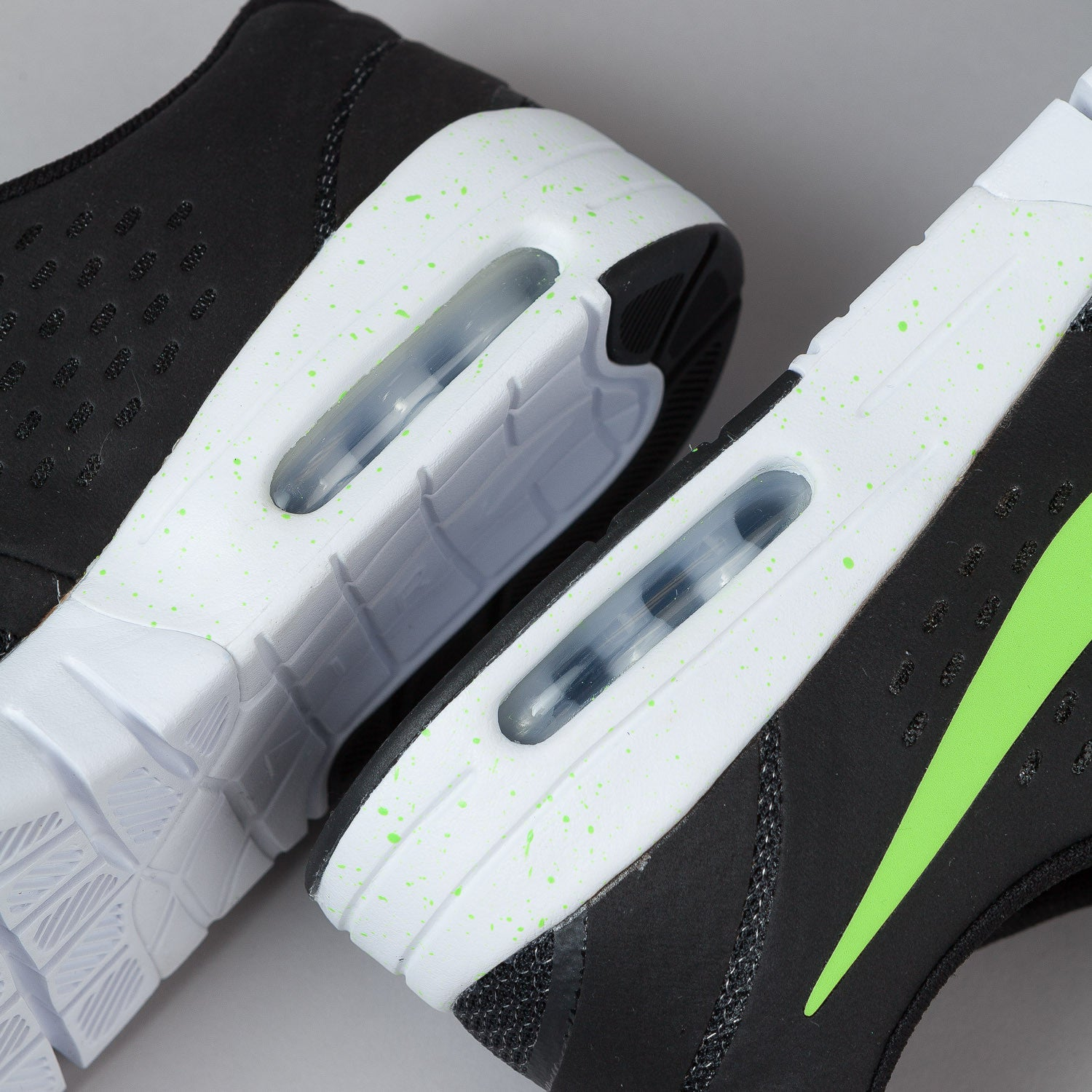 Nike SB Eric Koston 2 Max Shoes Black / Flash Lime - White