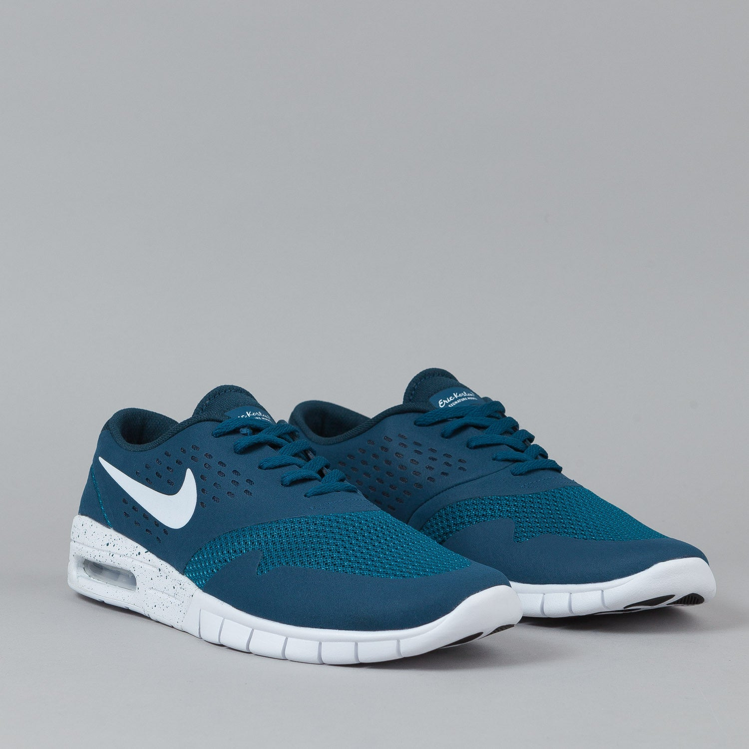 Nike SB Eric Koston 2 Max Shoes Blue Force / White | Flatspot